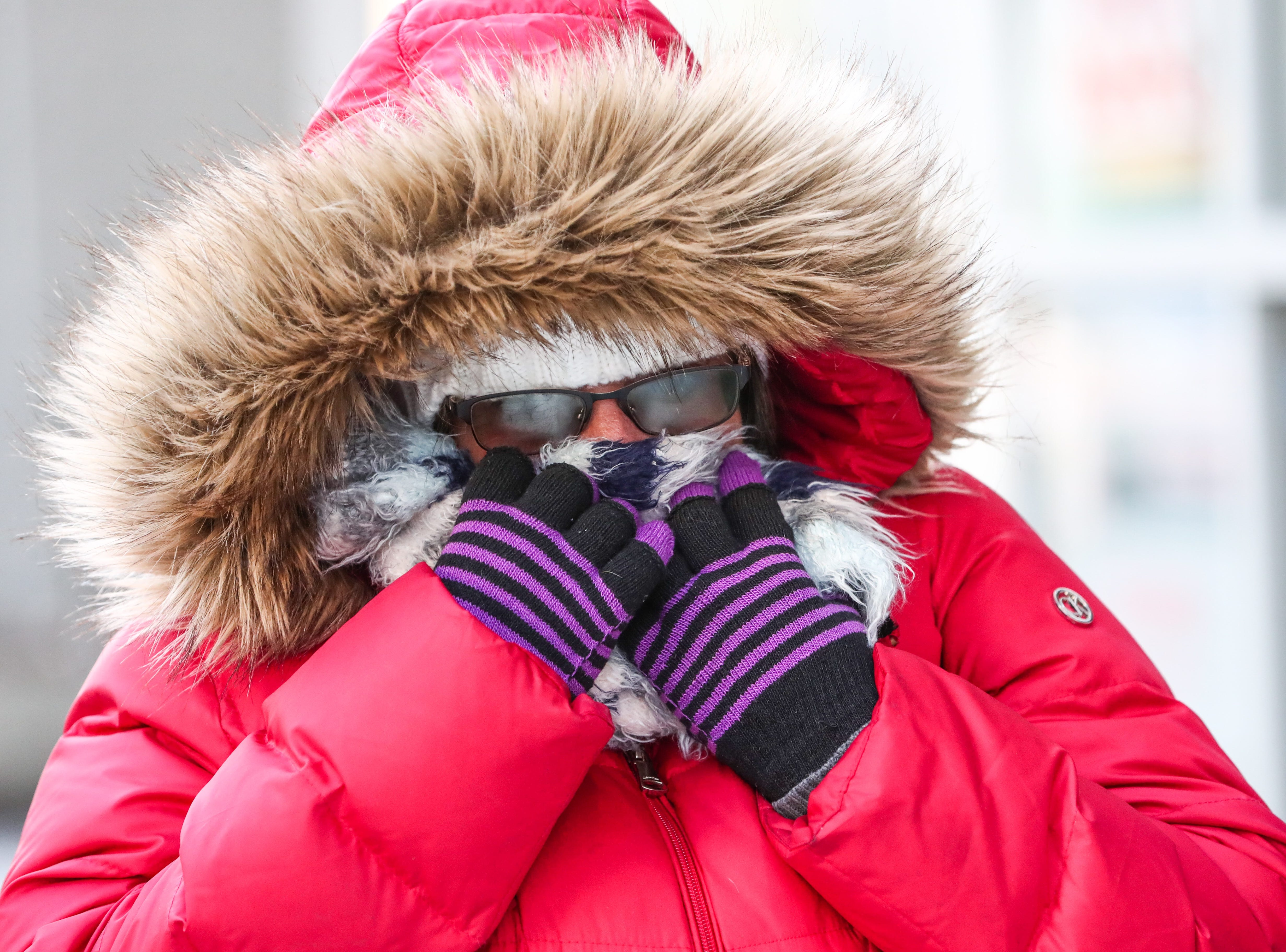 Extreme cold weather settles in Indianapolis