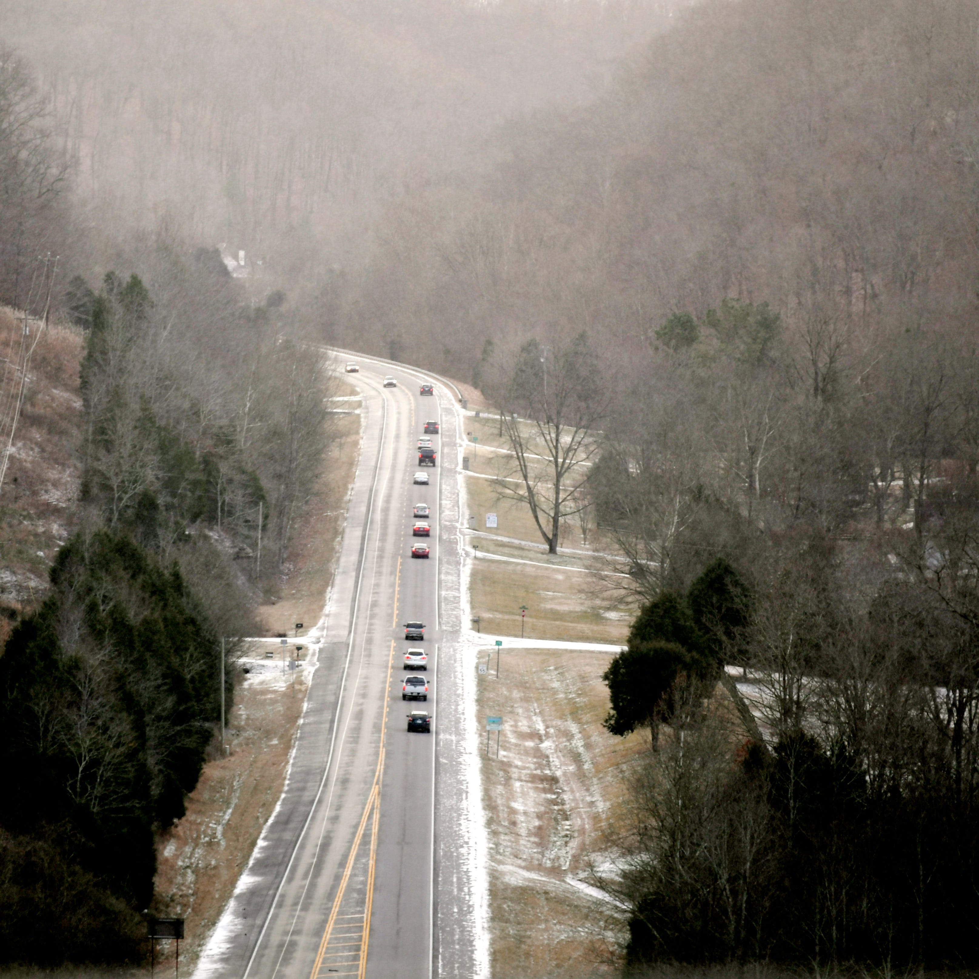 Snow dusting passes, but cold temps to remain in Nashville