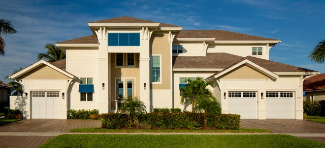 Divco's Caxambas model is located on a waterfront homesite on Marco Island.