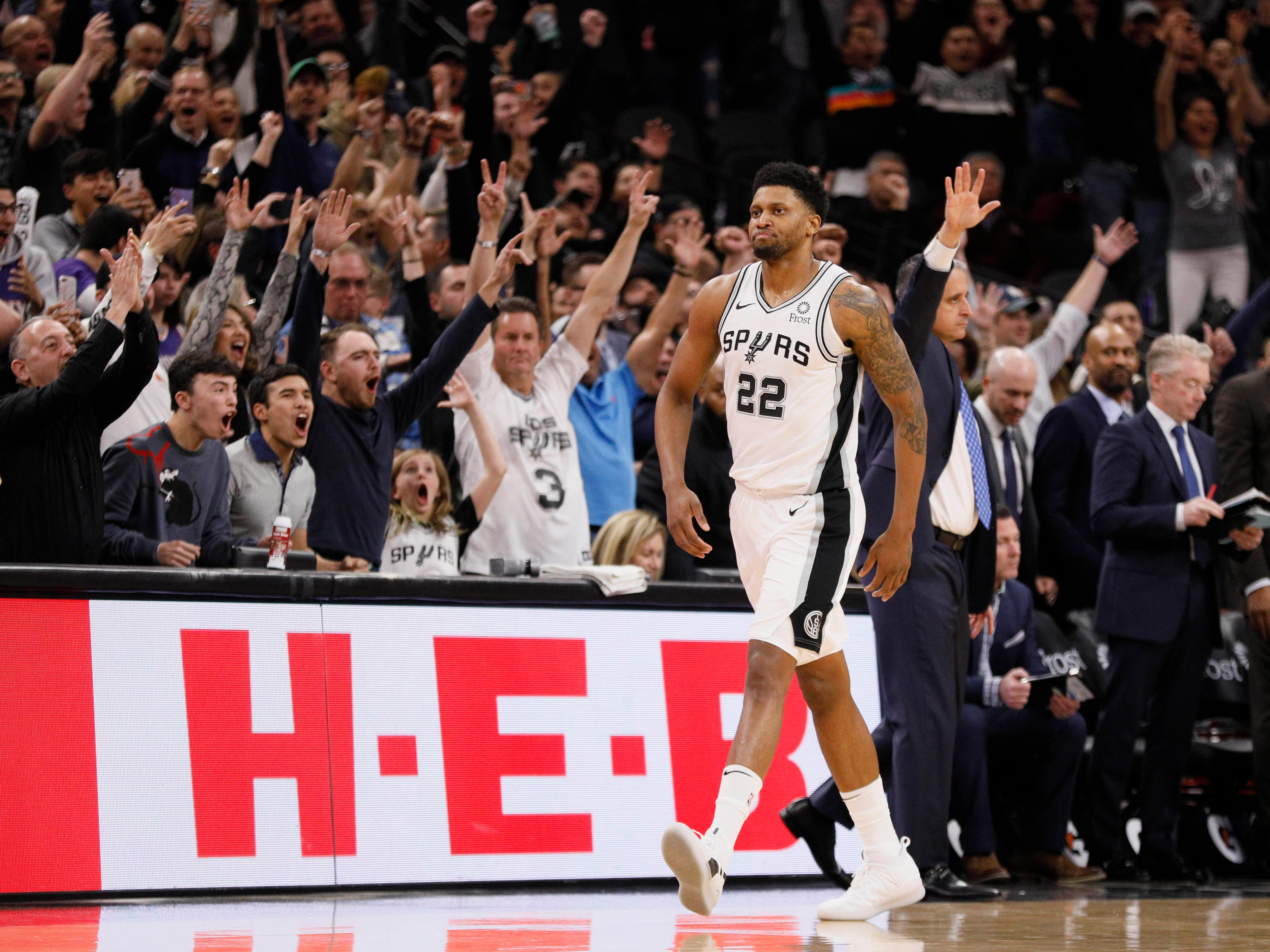 Jan 29, 2019: San Antonio Spurs small forward Rudy Gay (22) reacts after making the game-winning basket at the buzzer during the second half against the Phoenix Suns at AT&T Center.
