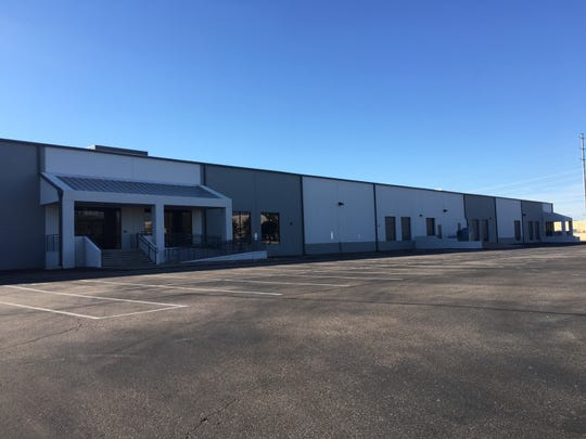 Manufacturer Advanced Circuits signed a 10-year lease on a 48,000 square foot warehouse near Chandler Boulevard and 56th Street in Chandler.