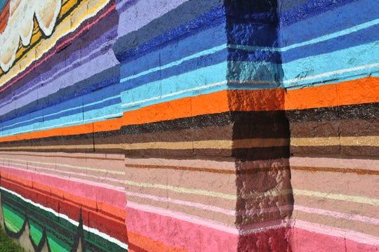 """El mural """"Sabor"""" usa pinturas en aerosol y pinturas para casas recubiertas con impermeabilizante para mayor duración."""