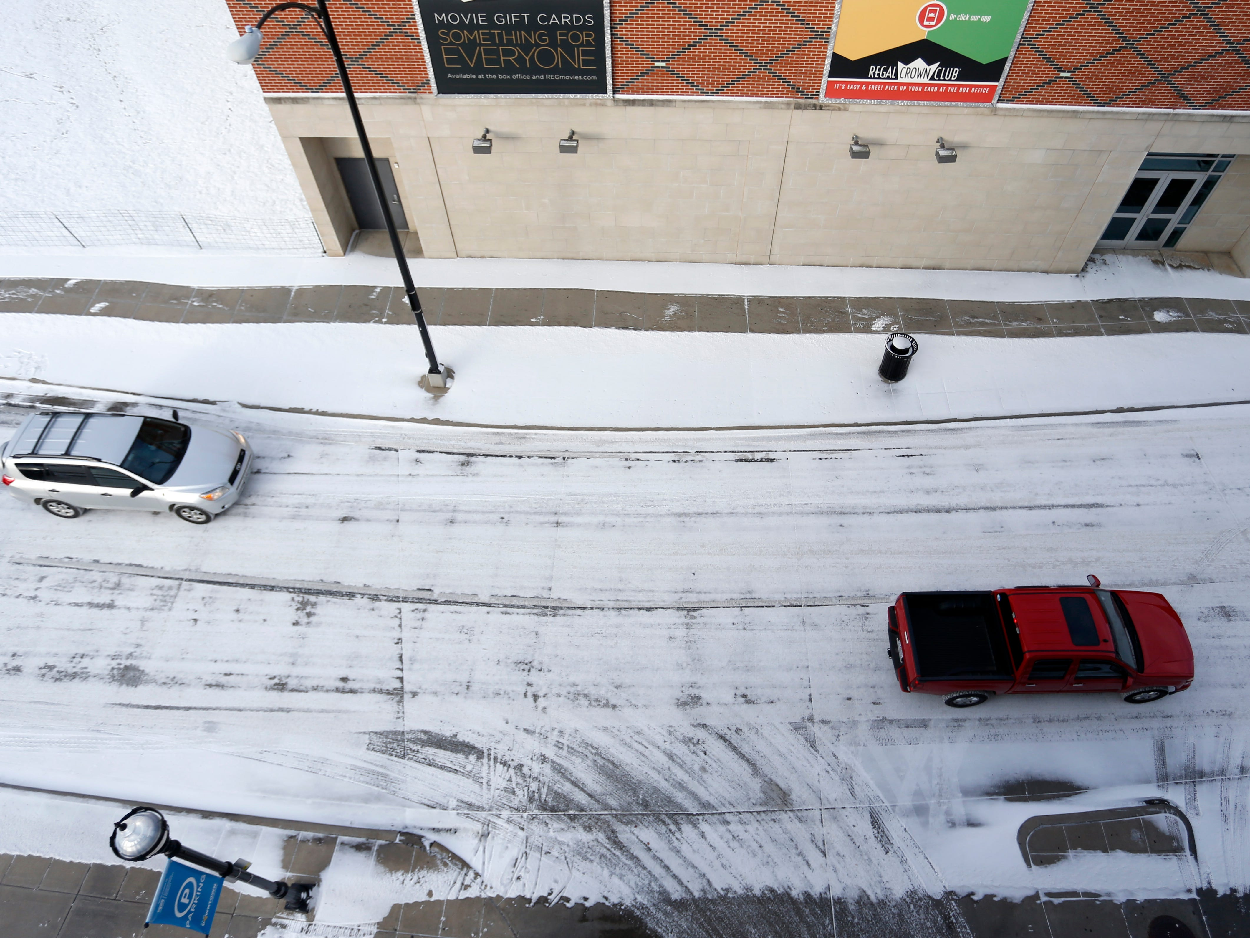 Snow blanketed the roads in downtown Springfield on Wednesday morning, January 30, 2019.