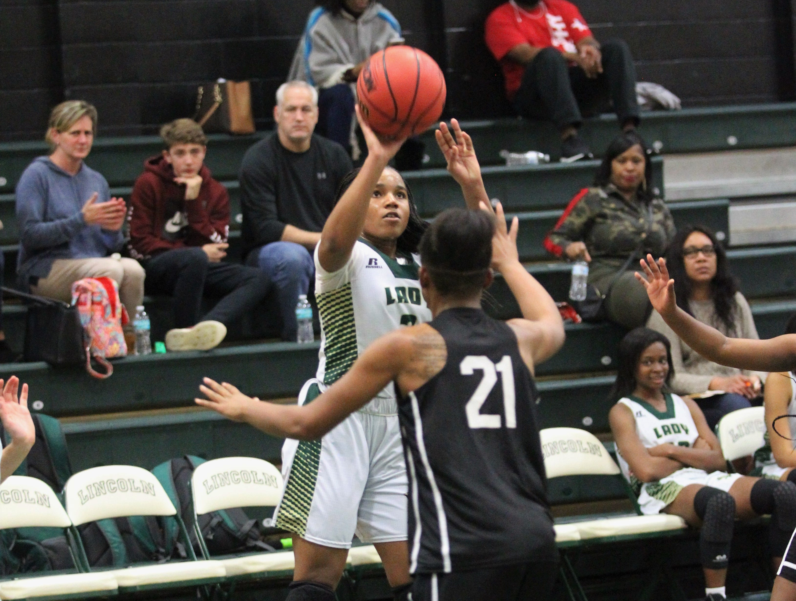 Lincoln's girls basketball team beat Godby 67-32 on Jan. 29, 2019.
