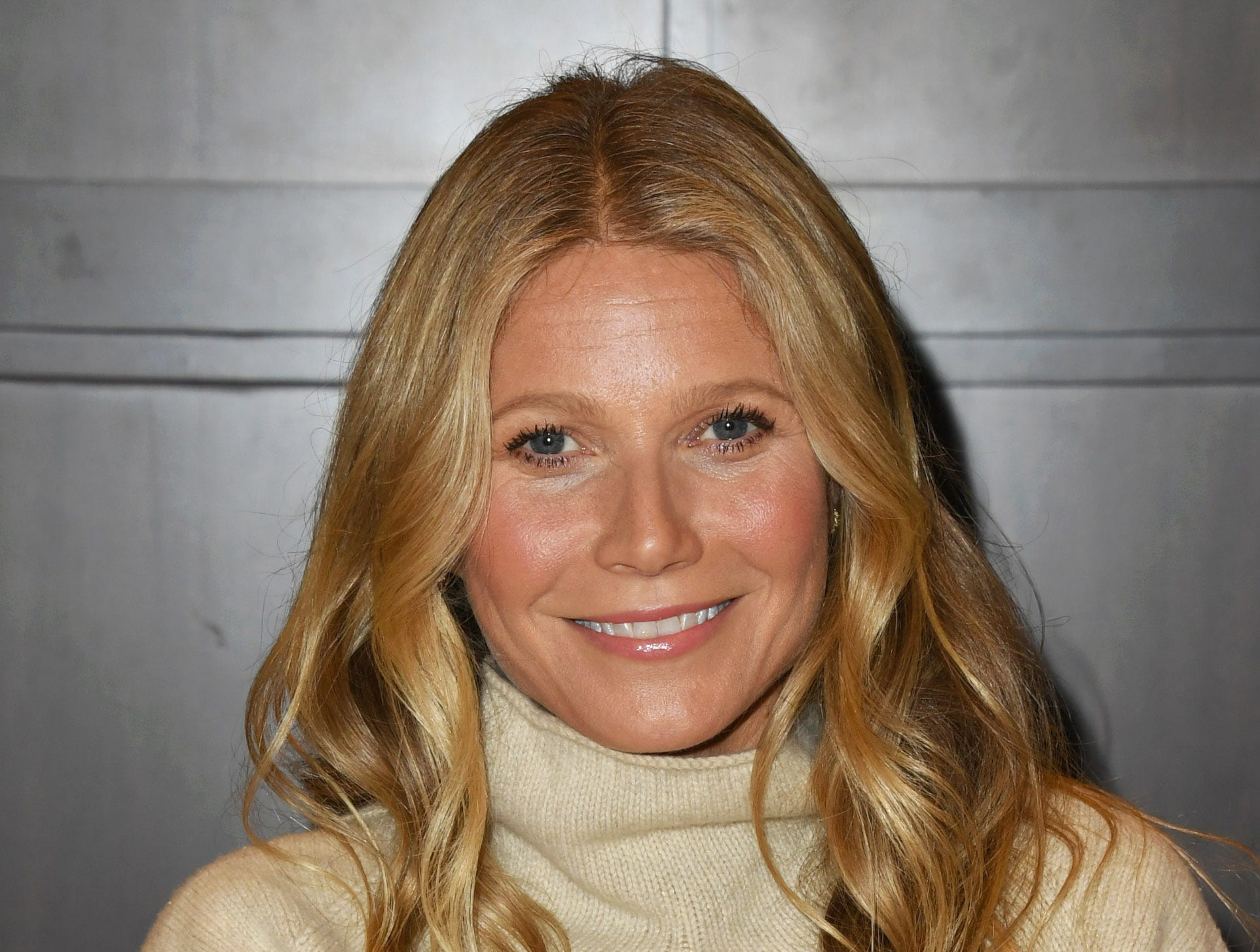 "LOS ANGELES, CALIFORNIA - JANUARY 14: Gwyneth Paltrow Signs Copies Of Her New Book ""The Clean Plate"" at Barnes & Noble at The Grove on January 14, 2019 in Los Angeles, California. (Photo by Jon Kopaloff/Getty Images) ORG XMIT: 775277367 ORIG FILE ID: 1094302864"