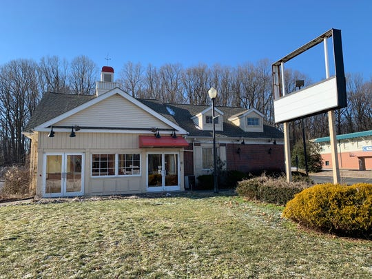 Wawa wants to build a convenience store on Route 35 at the former Friendly's restaurant.
