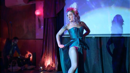 Philadelphia-based burlesque performer and producer Hattie Harlowe.