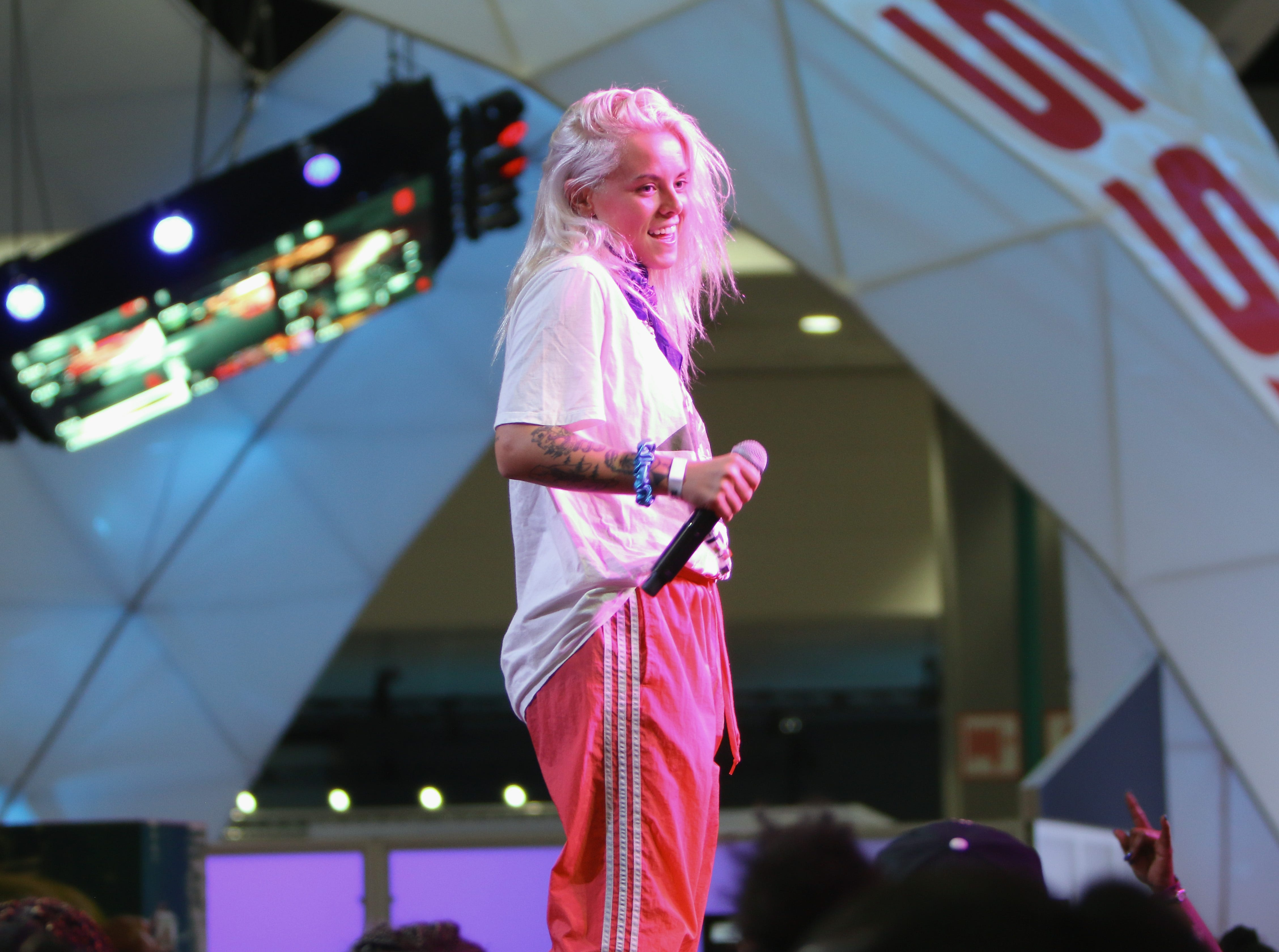 LOS ANGELES, CA - JUNE 22:  Lauren Sanderson performs at the Coca-Cola Music Studio at the 2018 BET Experience Fan Fest at Los Angeles Convention Center on June 22, 2018 in Los Angeles, California.  (Photo by Tasia Wells/Getty Images for BET)