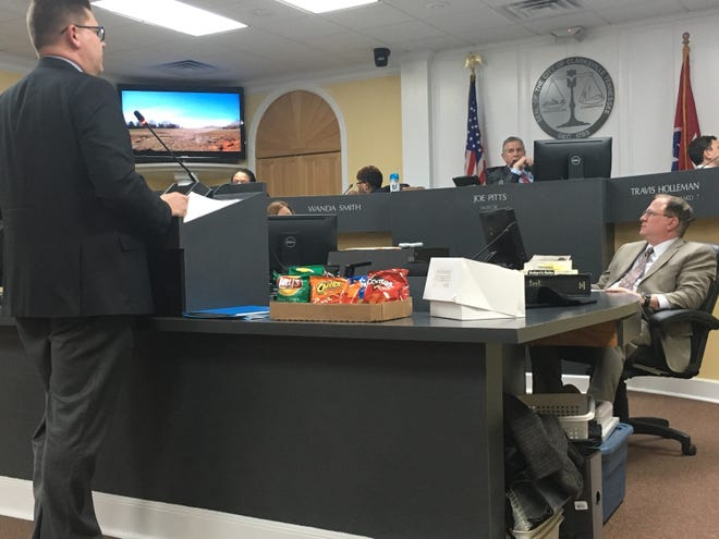 Regional Planning Commission Director Jeff Tyndall addresses the Clarksville City Council Thursday afternoon in executive session.