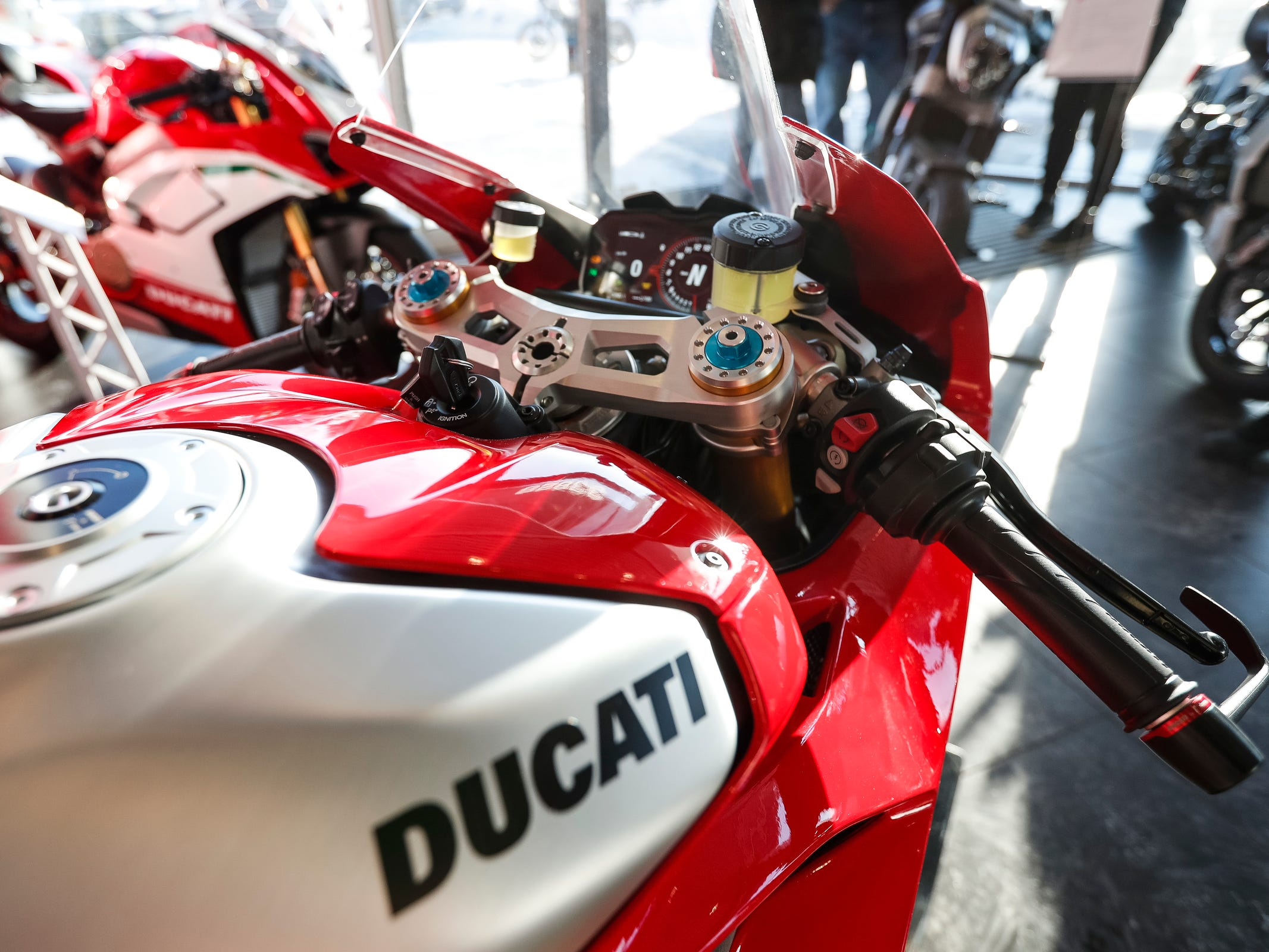 Dash and gas tank of the Ducati 2019 Panigale V4 R.
