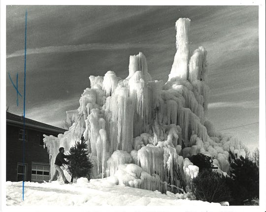 Veal's Ice Tree in 1984.