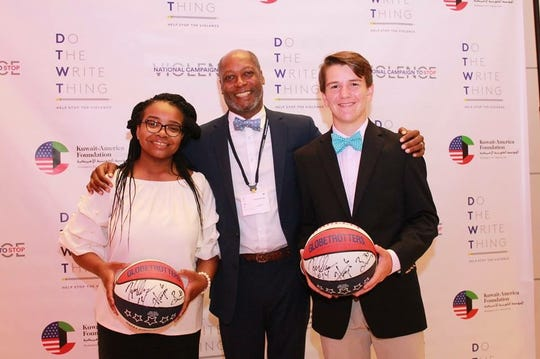 "Jackson City Councilman Ernest Brooks with ""Do the Write Thing"" National Ambassadors Laila Houston, Madison Academic High School, and Ben Pledger, University School of Jackson, during the Recognition Ceremony in Washington DC."