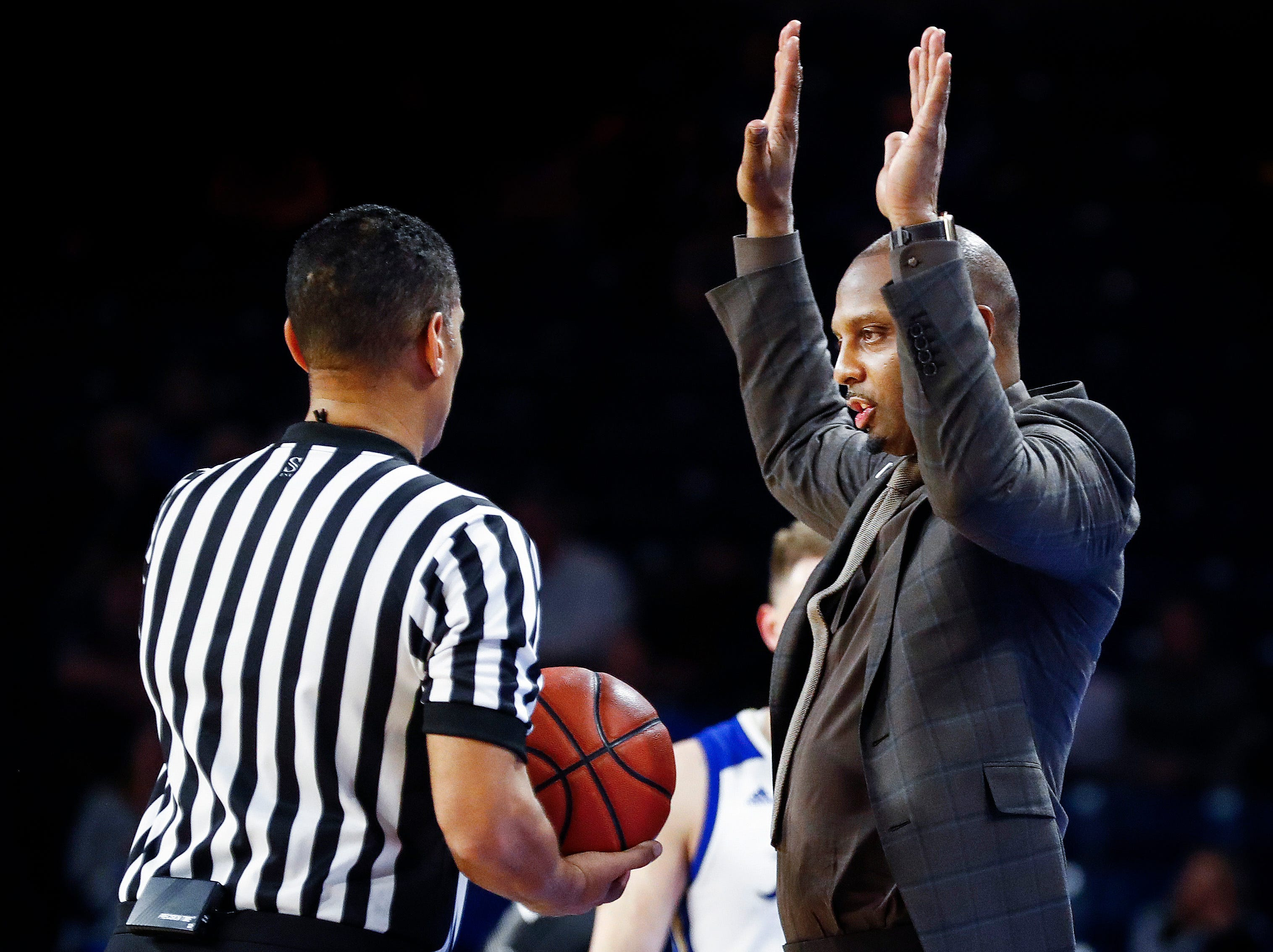 Memphis head coach Penny Hardaway during action against Tulsa during action in Tulsa, Wednesday, January 30, 2019.