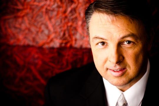 Mark Bishop will perform at Hyde Park Baptist Church Saturday.