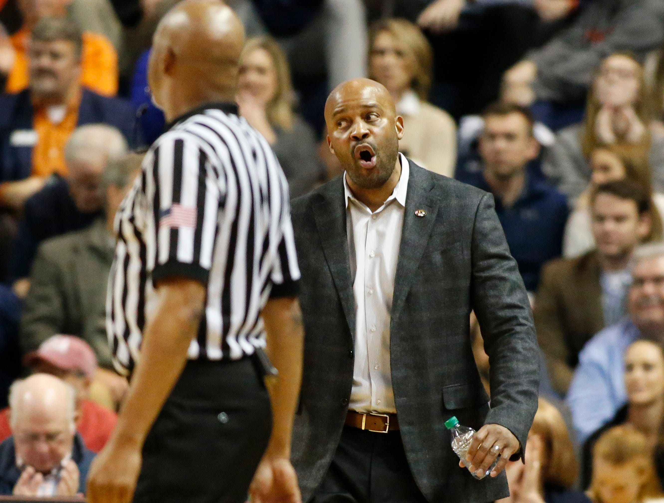 Jan 30, 2019; Auburn, AL, USA; Missouri Tigers head coach Cuonzo Martin reacts after a call during the first half against the Auburn Tigers at Auburn Arena. Mandatory Credit: John Reed-USA TODAY Sports