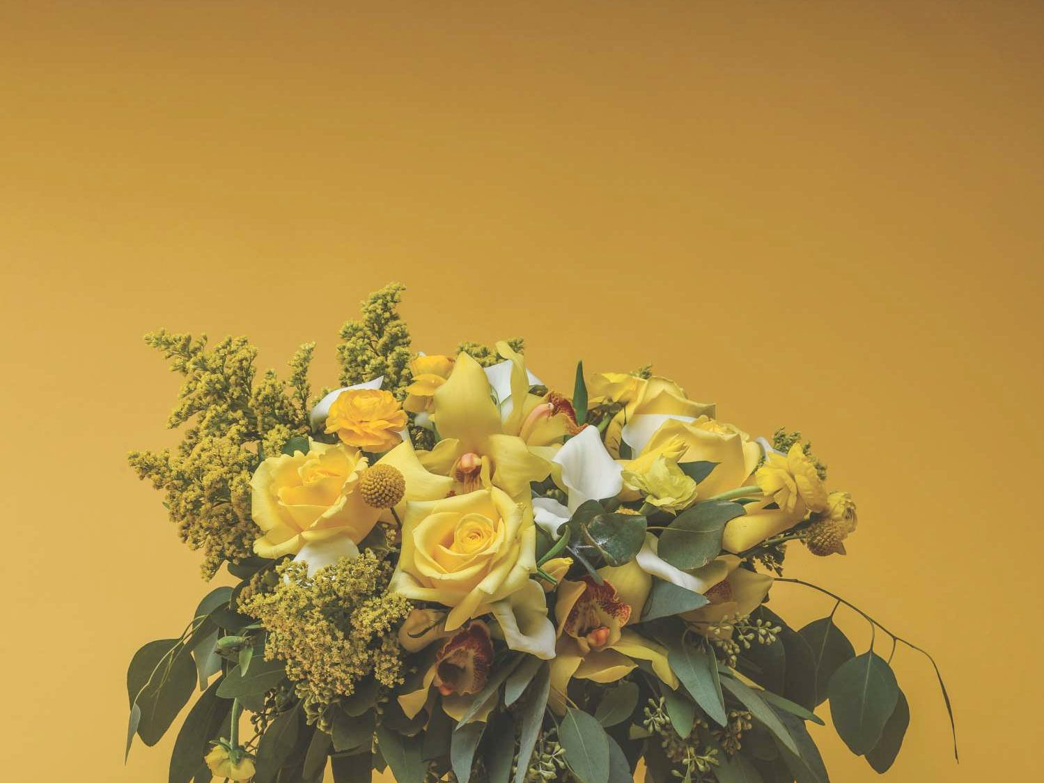 Robyn Rohsler's Floral Designs — Flowers from (201) Bride feature