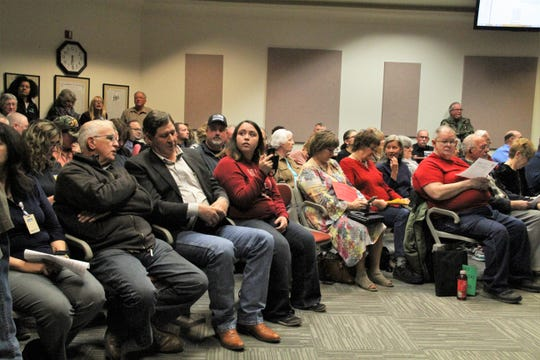 Alamogordo residents packed City Commission Chambers Tuesday night to support Police Chief Brian Peete and demand Peete be reinstated to the department.