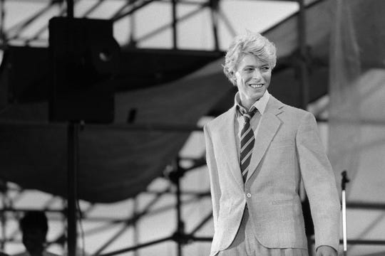 David Bowie performs on stage at the Auteuil's Hippodrome  in Paris, on June 9, 1983.