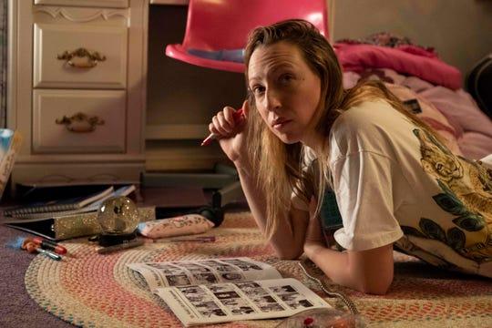 """Anna Konkle stars in """"PEN15."""""""