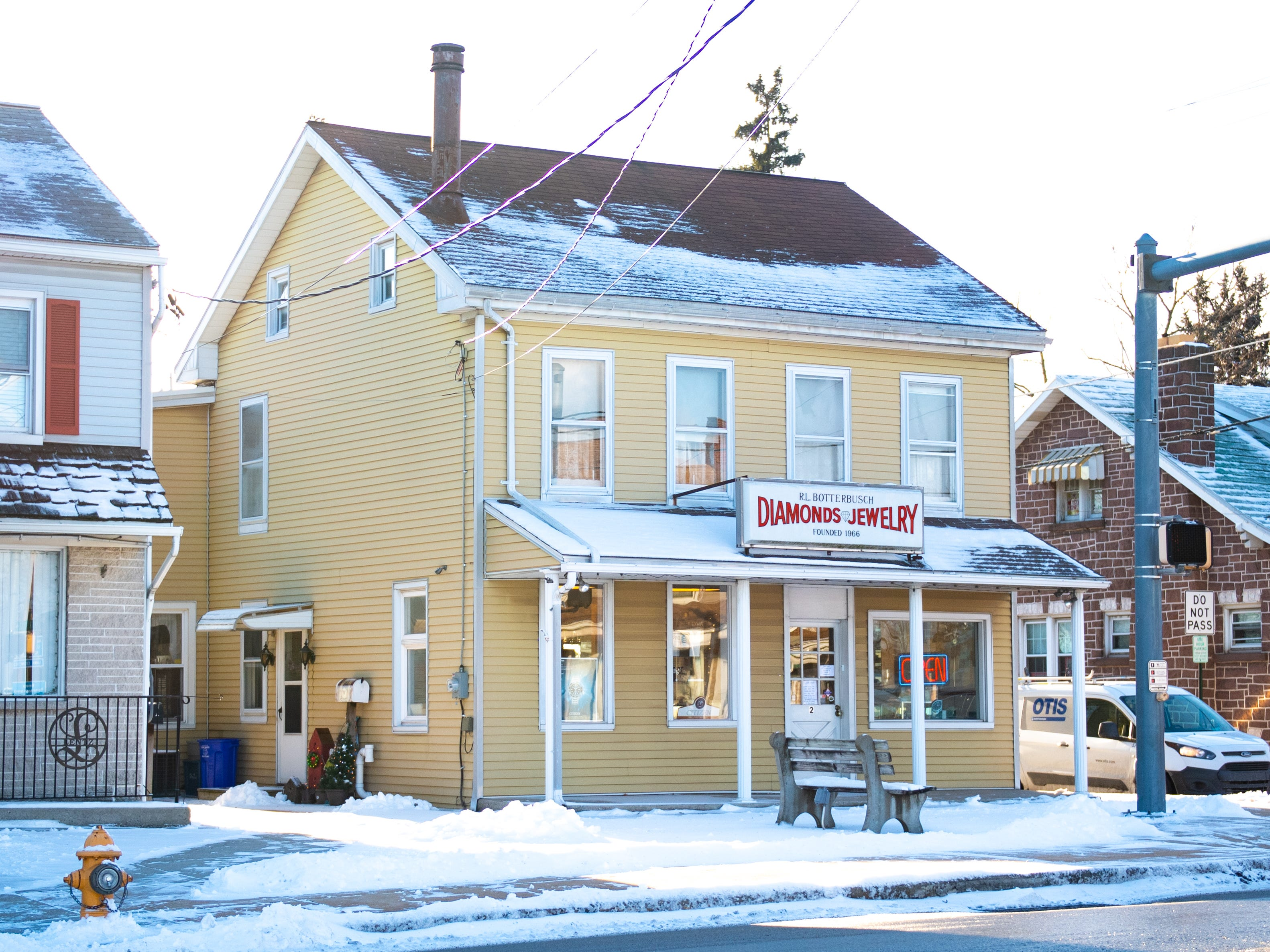 After 53 years of business, Botterbusch Jewelry in Dover closed its doors on Thursday.