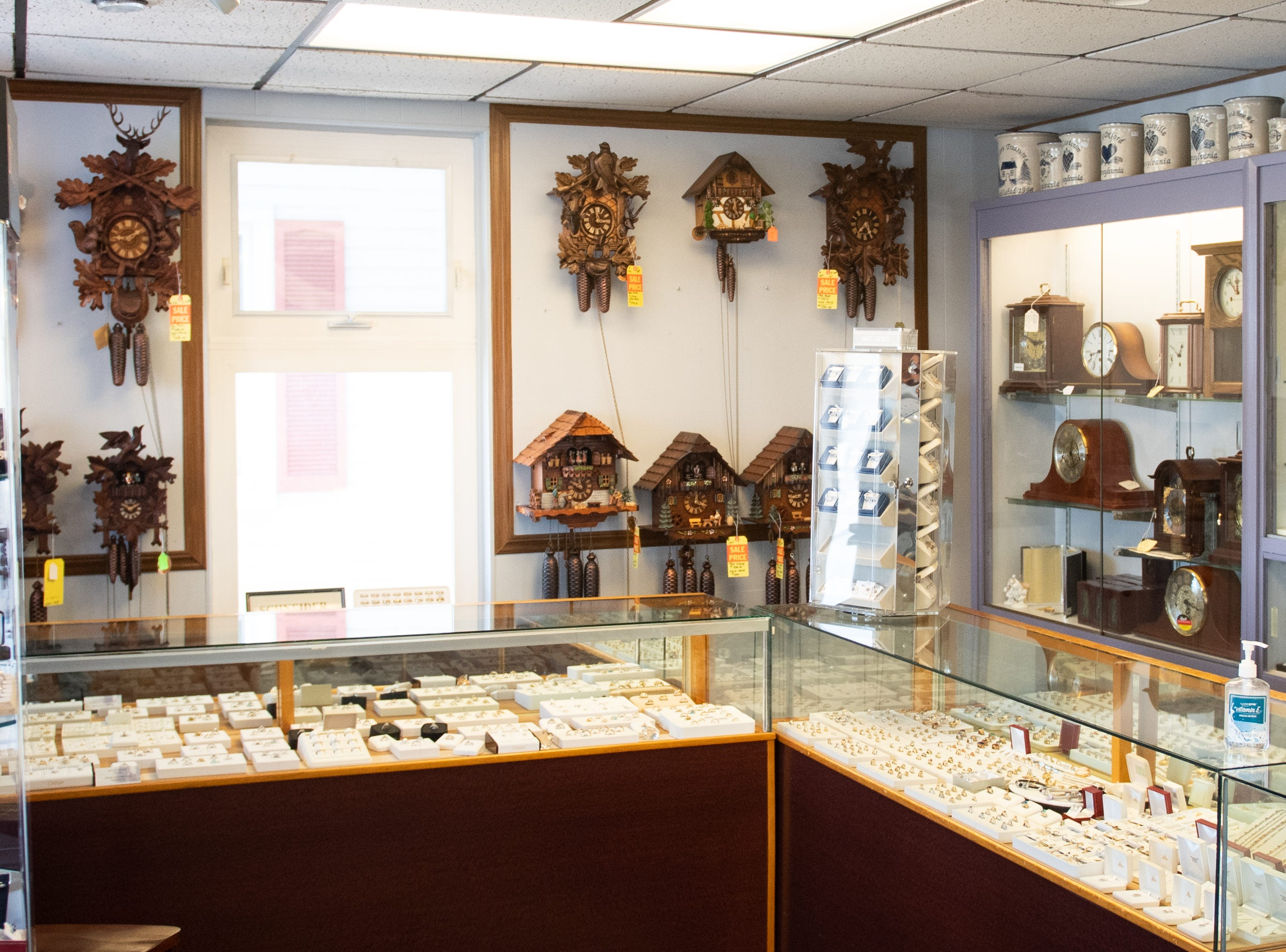 Though Botterbusch Jewelry closes in one day, all of their merchandise is still on display for any last minute customers, January 30, 2019.