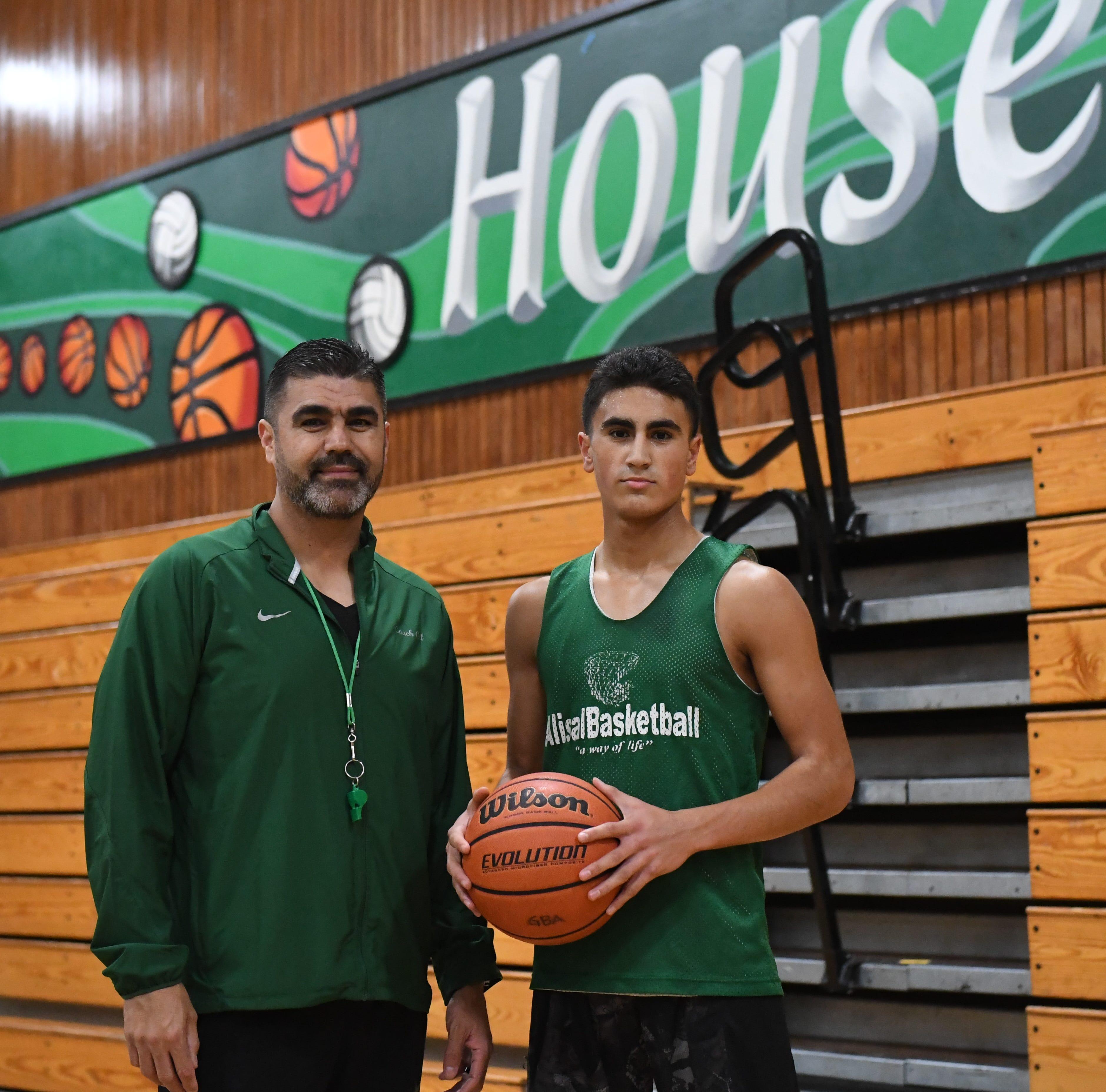 El dúo de padre e hijo del baloncesto de Alisal disfruta de su última temporada juntos en la cancha
