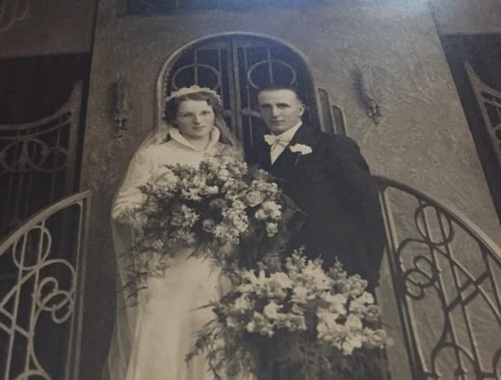 Sheboyganites Ray and Edna Reysen on their wedding day in 1938 in New Fane, Wis.