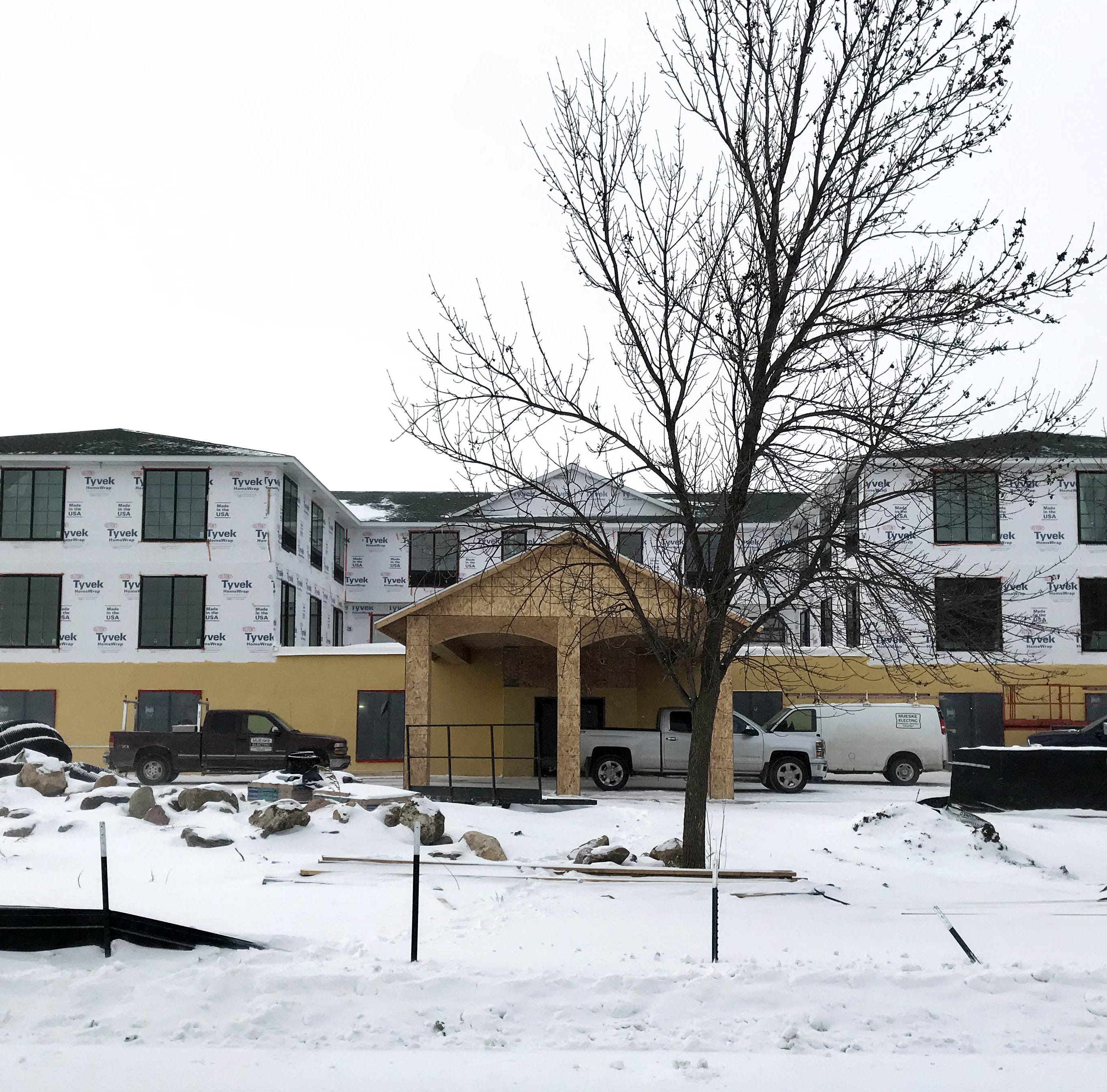 New hotel aims for 'classic Okoboji', with touches of beloved, demolished Inn resort