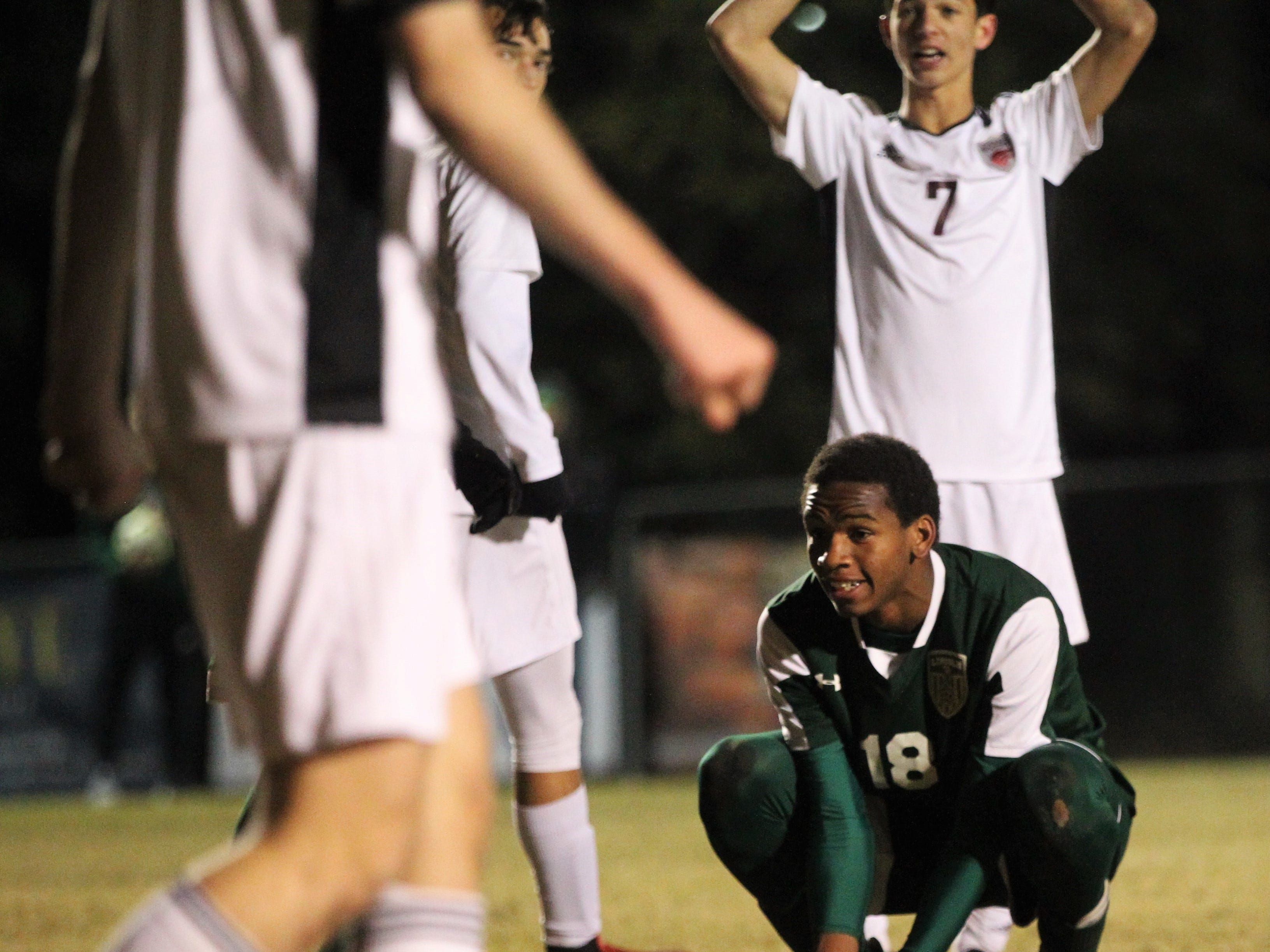 Lincoln's David Monroe reacts to a shot that goes wide of goal as Chiles' boys soccer team beat Lincoln 1-0 in a District 2-4A semifinal on Jan. 30, 2019.