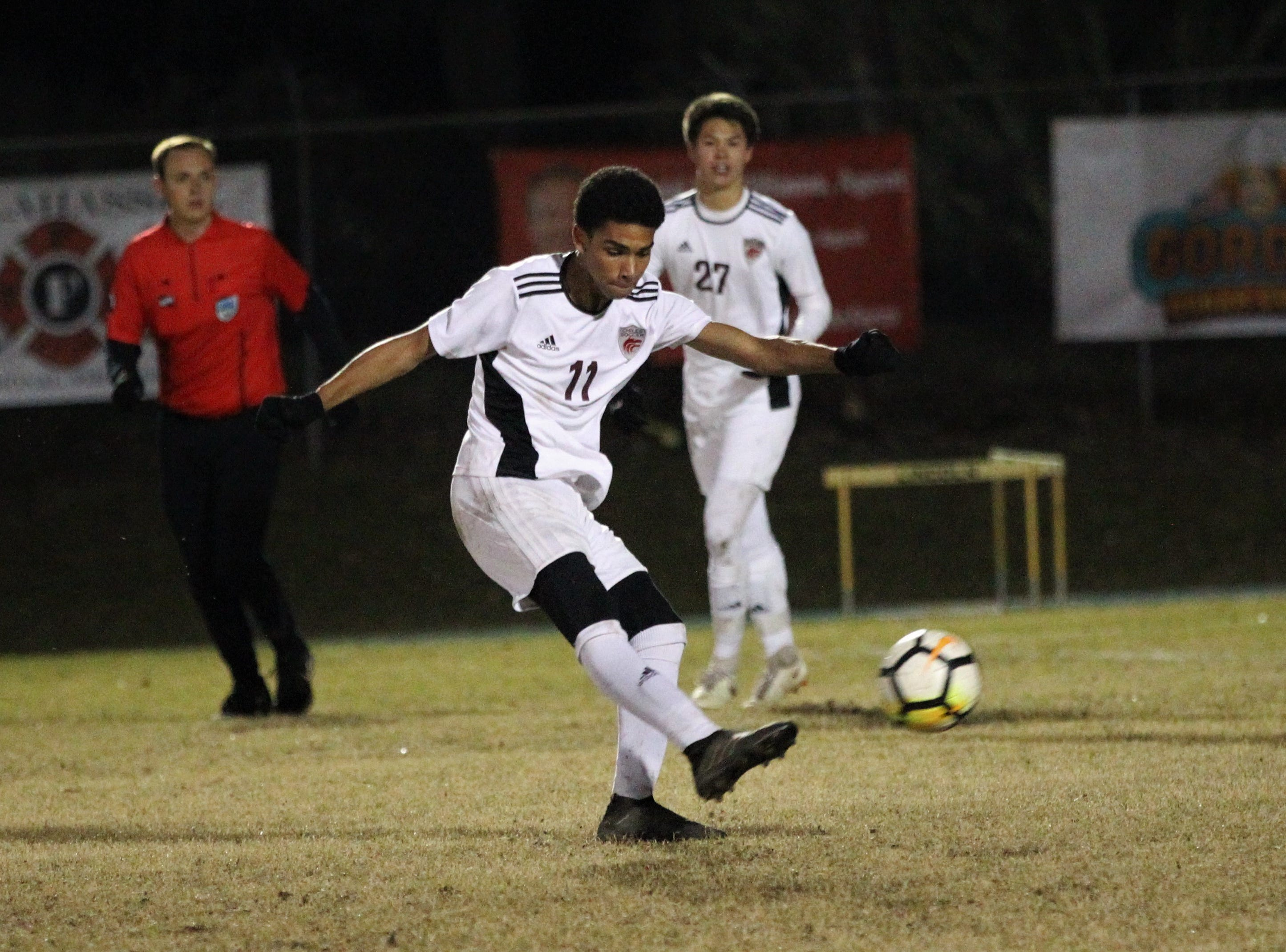 Chiles forward Will Johnson takes a shot on goal as Chiles' boys soccer team beat Lincoln 1-0 in a District 2-4A semifinal on Jan. 30, 2019.