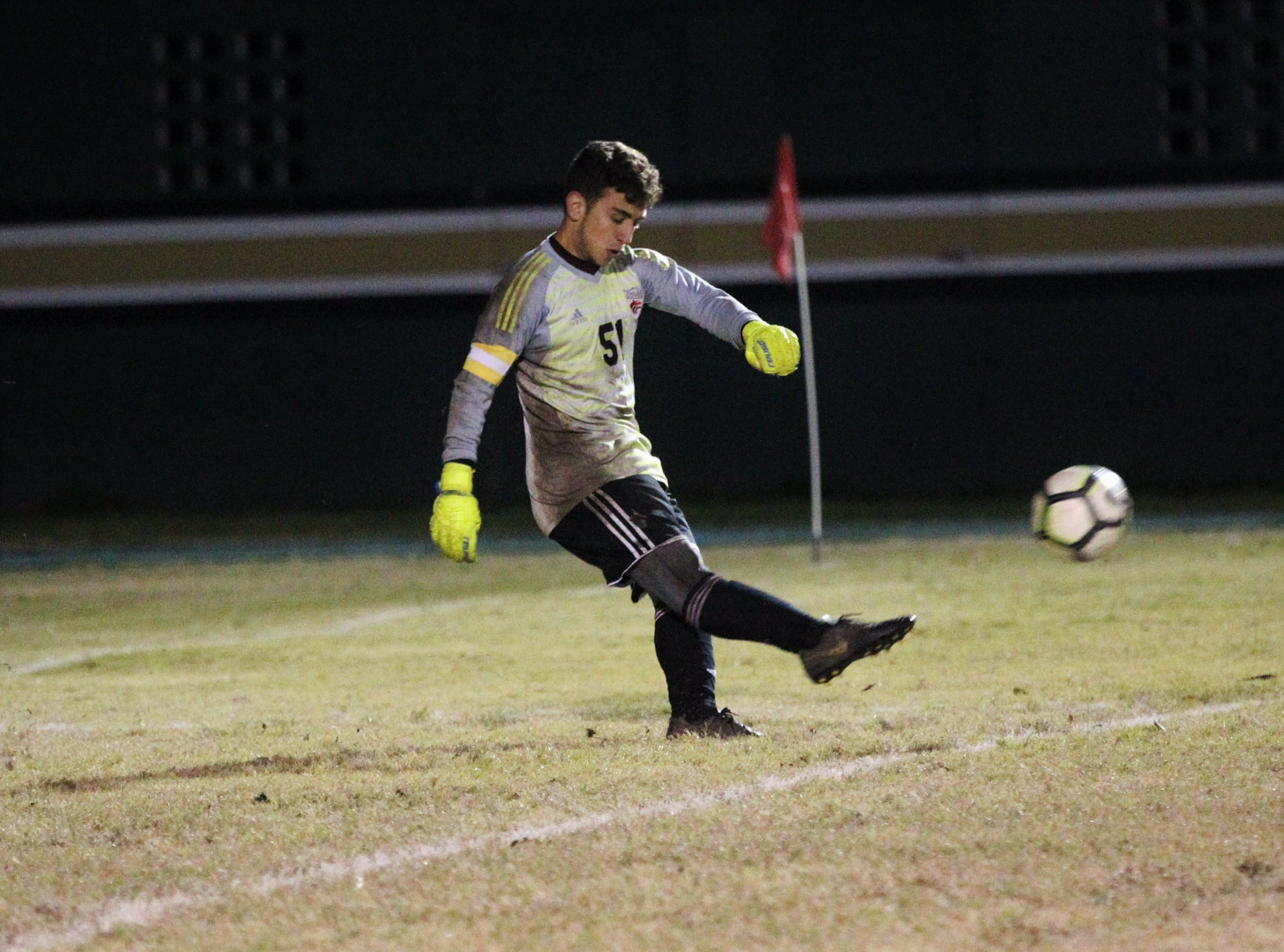 Chiles keeper Abraheim Darwish takes a goal kick as Chiles' boys soccer team beat Lincoln 1-0 in a District 2-4A semifinal on Jan. 30, 2019.