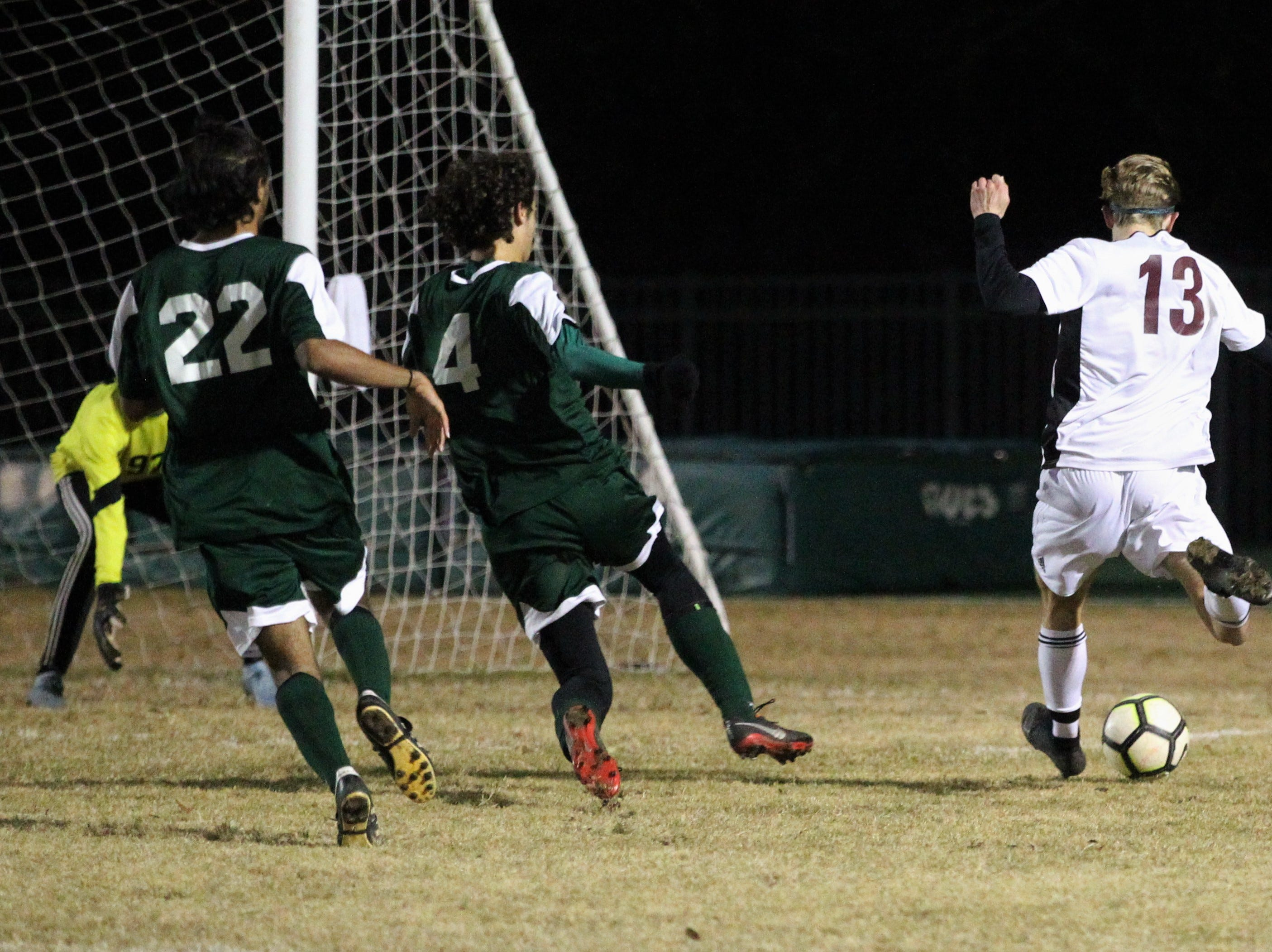Chiles' Owen Hawkins takes a shot on goal as Chiles' boys soccer team beat Lincoln 1-0 in a District 2-4A semifinal on Jan. 30, 2019.