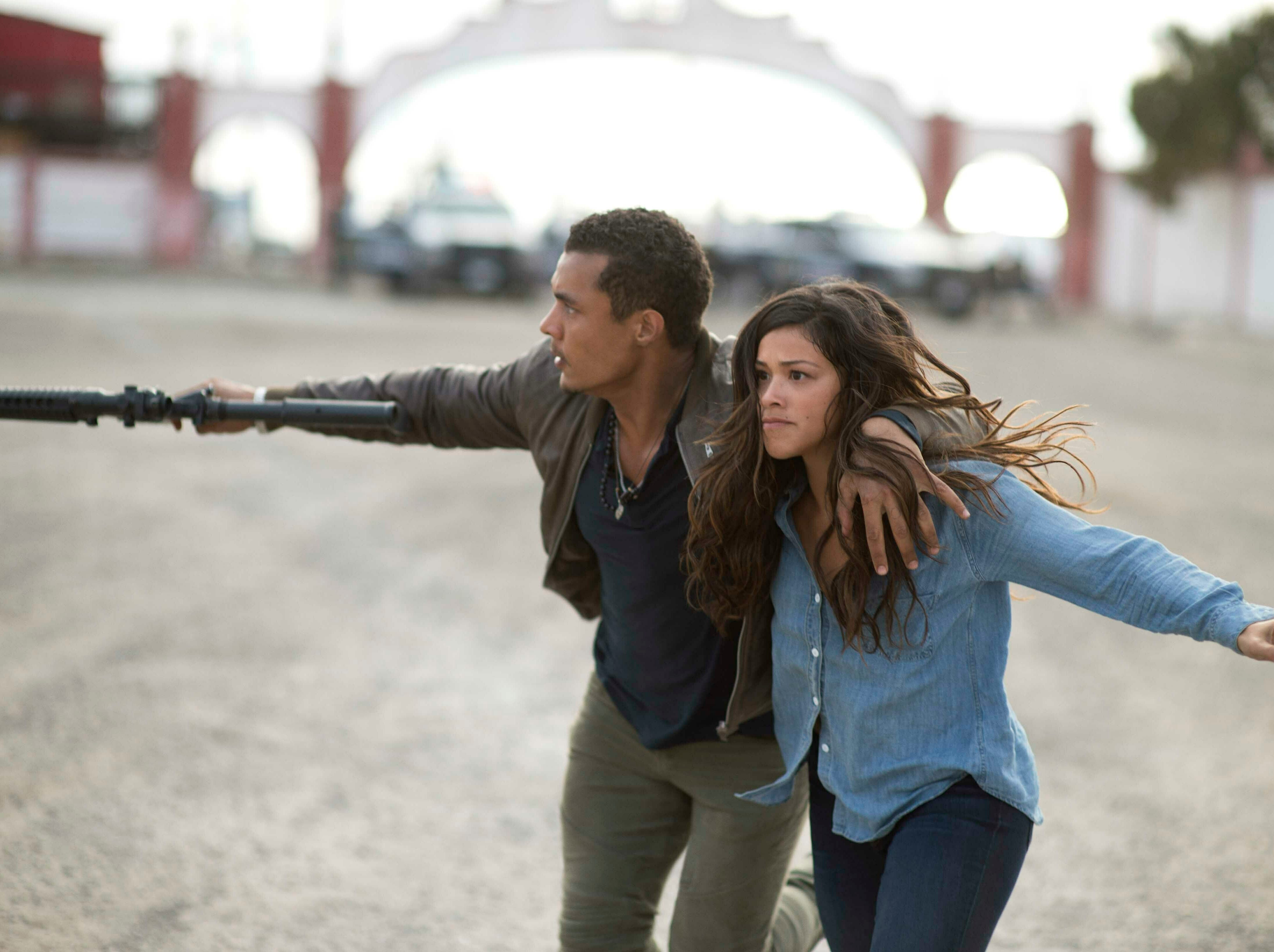 """This image released by Sony Pictures shows Ismael Cruz, left, and Gina Rodriguez in a scene from """"Miss Bala."""""""