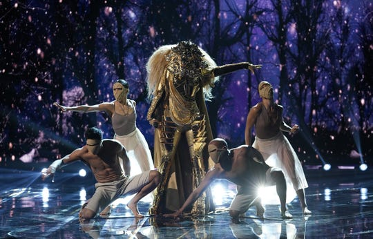 "Lion's version of Sia's ""California Dreamin'"" blew away the judges on ""The Masked Singer."""