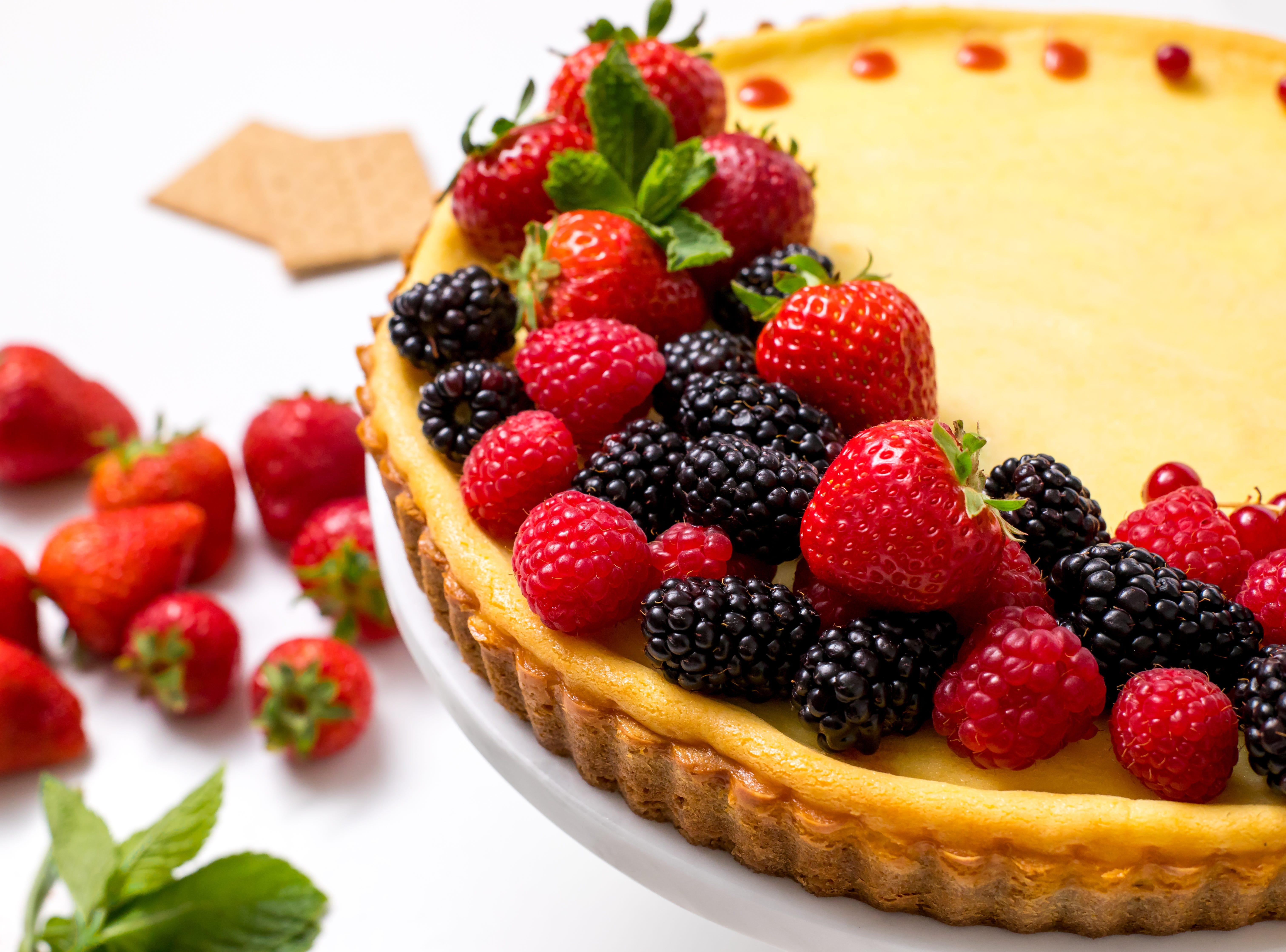 cheese tart with strawberry glaze