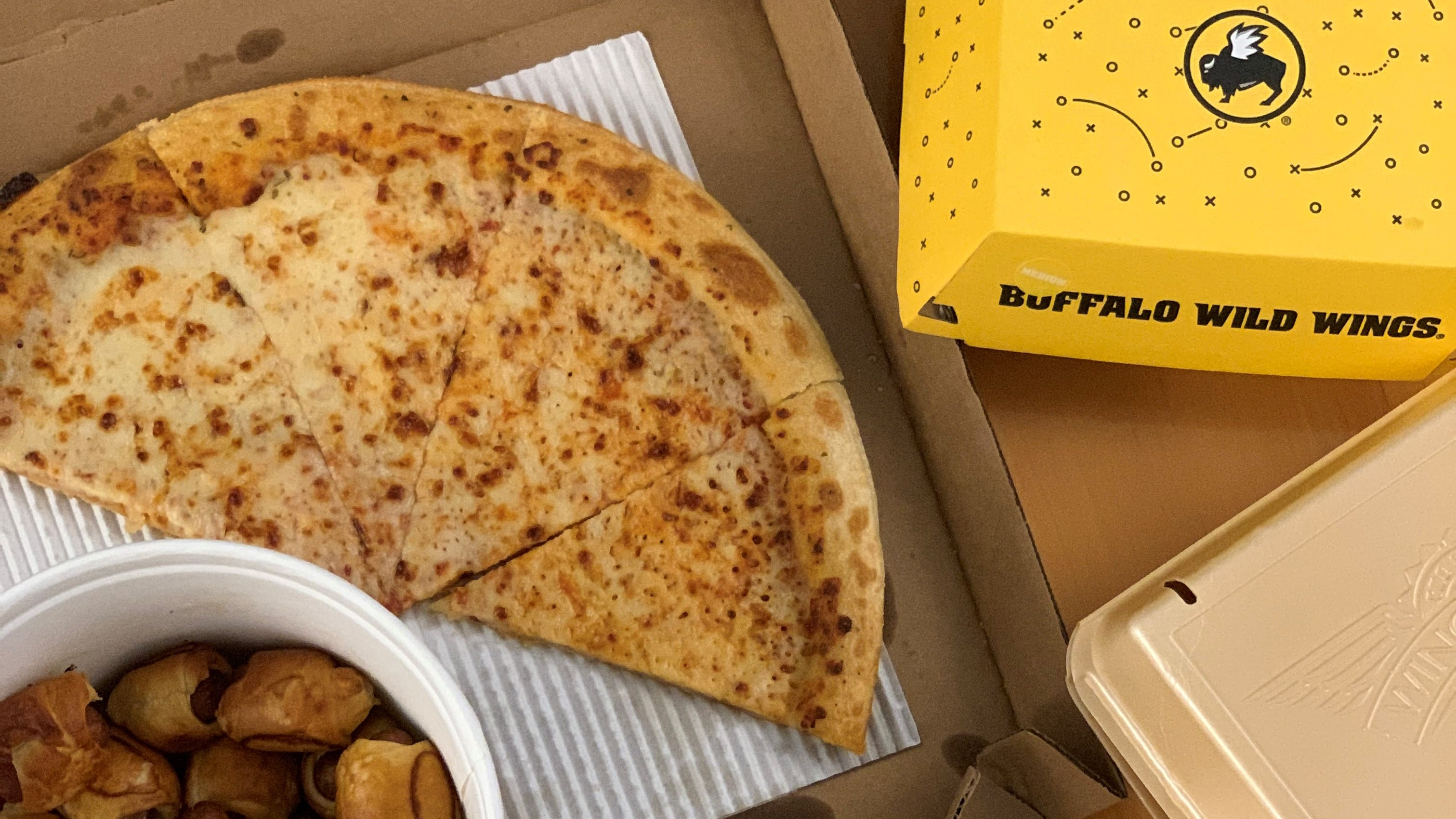 Super Bowl Food Deals What Should You Serve At Your Super Bowl Party