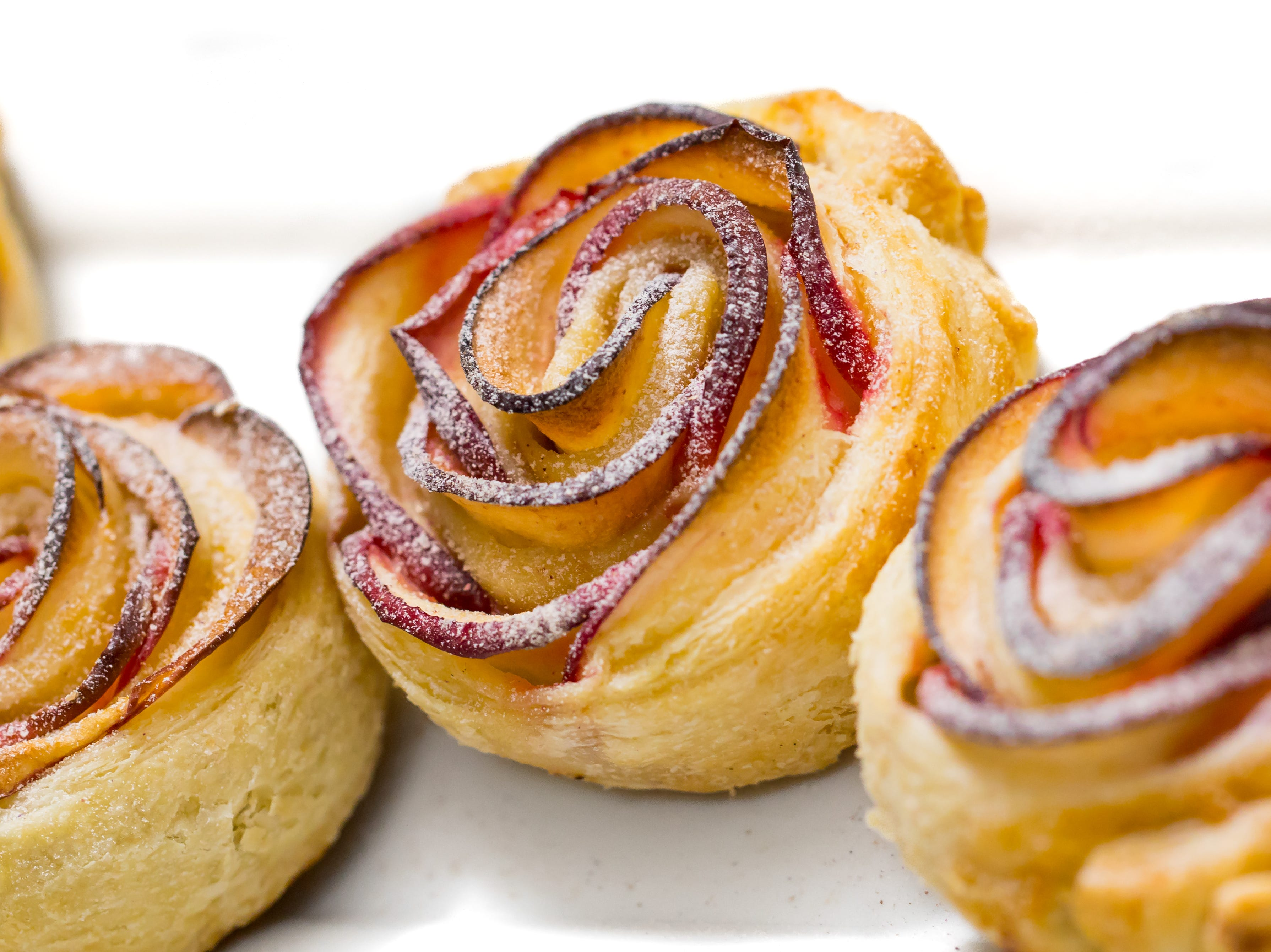 Mini apple roses dusted with rose sugar