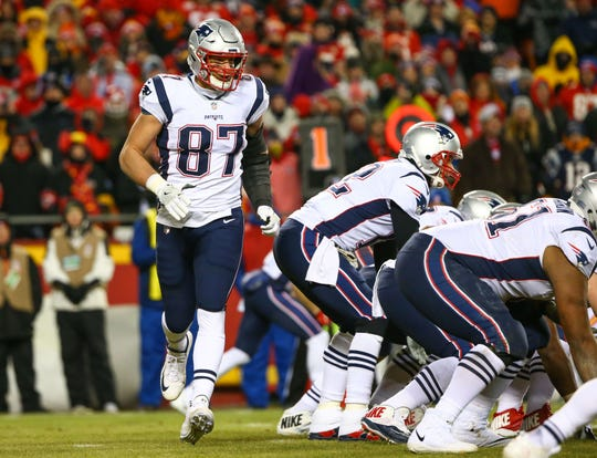 New England Patriots tight end Rob Gronkowski (87) goes into motion before the snap against the Kansas City Chiefs in the AFC Championship game at Arrowhead Stadium.