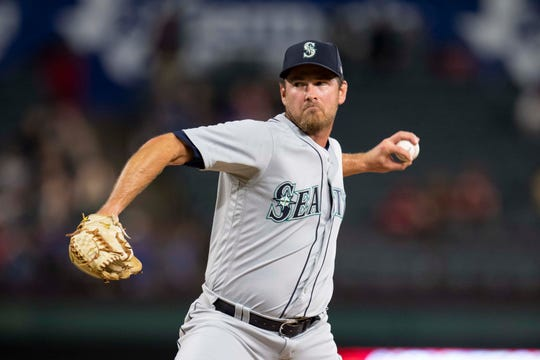 Seattle Mariners relief pitcher Zach Duke (33) during the eighth inning against the Texas Rangers at Globe Life Park in Arlington.