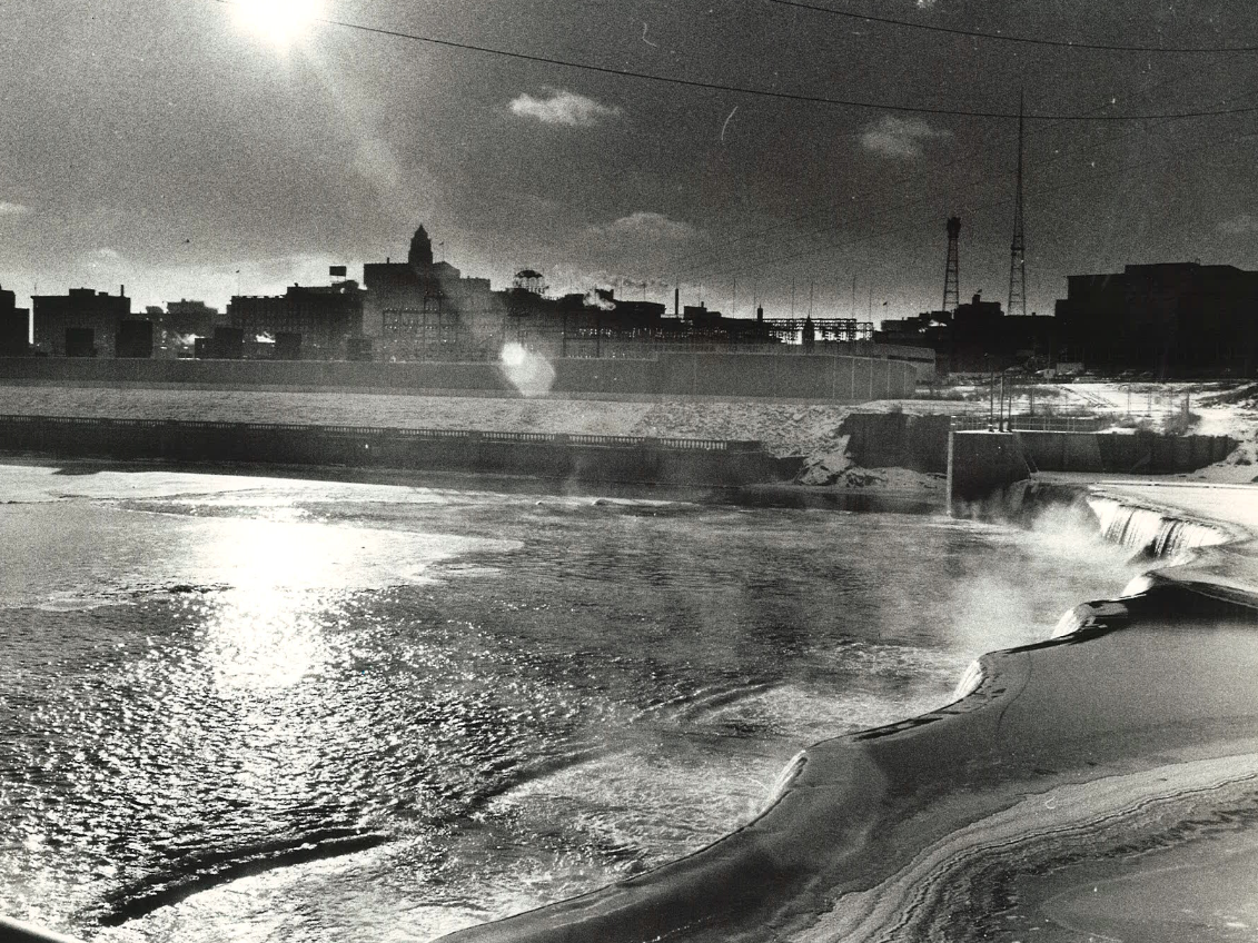 From 1972: The sun shines down on the Des Moines River and the Center Street Dam as frigid arctic air swept across central Iowa on Jan. 4, 1972. Northerly winds gusting to more than 20 mph dropped the windchill to about 40 degrees below zero.