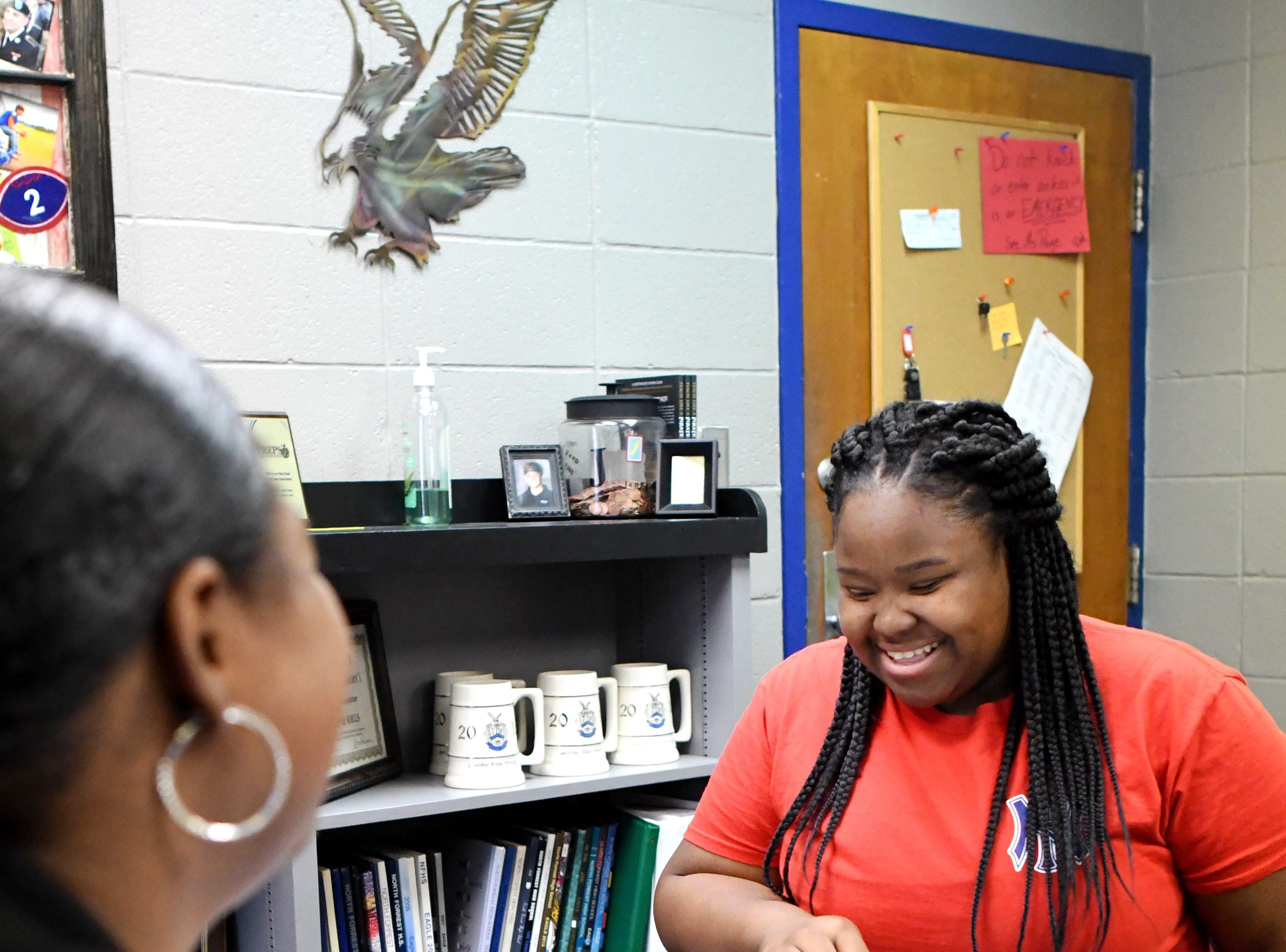 Senior Kamery Earl talks with Carla Rawls, North Forrest High School counselor, about how EarlÕs year is going.