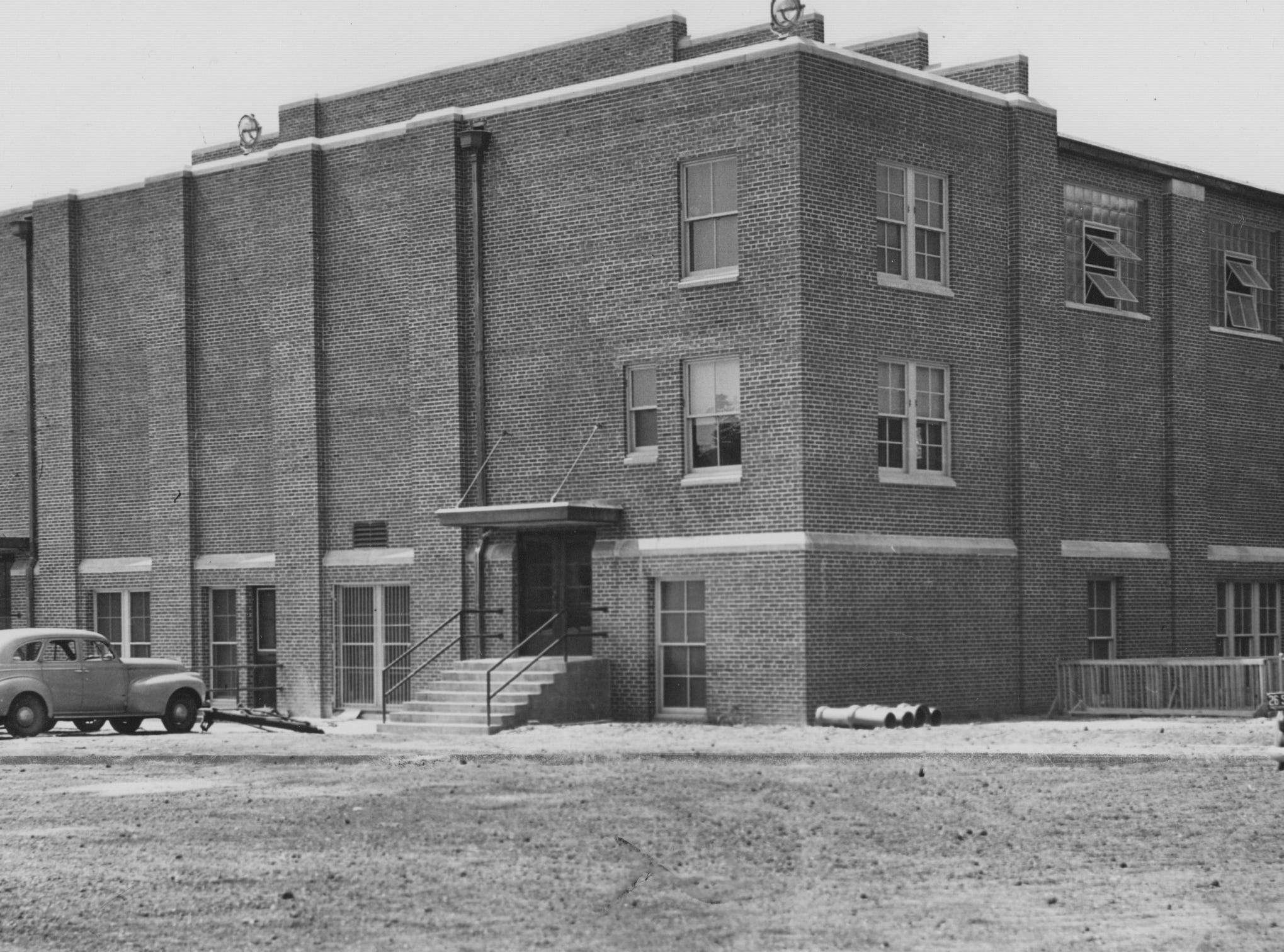 Thomas Carr Howe High School new gymnasium addition in 1940.