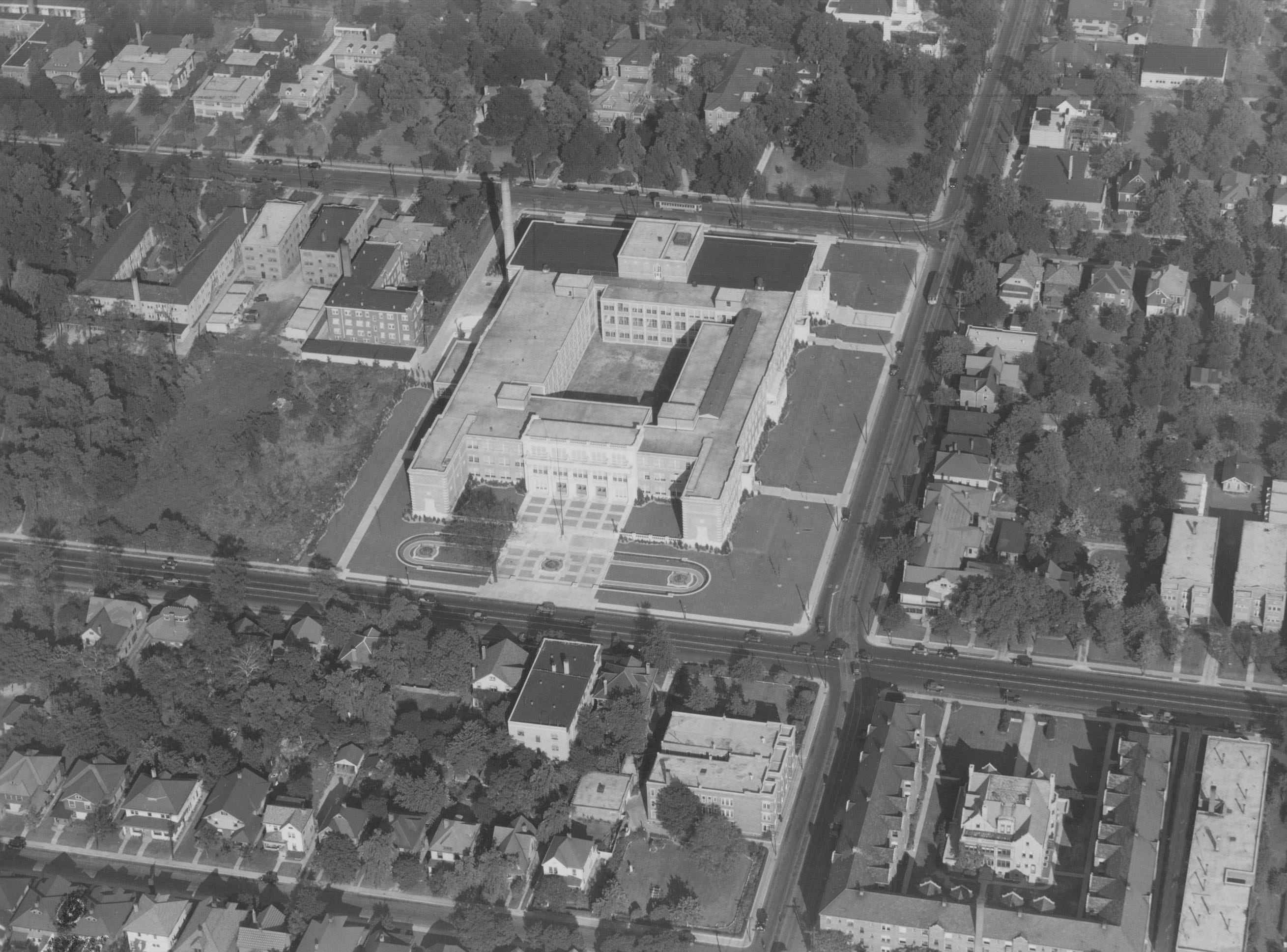 Aerial view of Shortridge High School at Meridian and Thirty-fourth streets in 1929.
