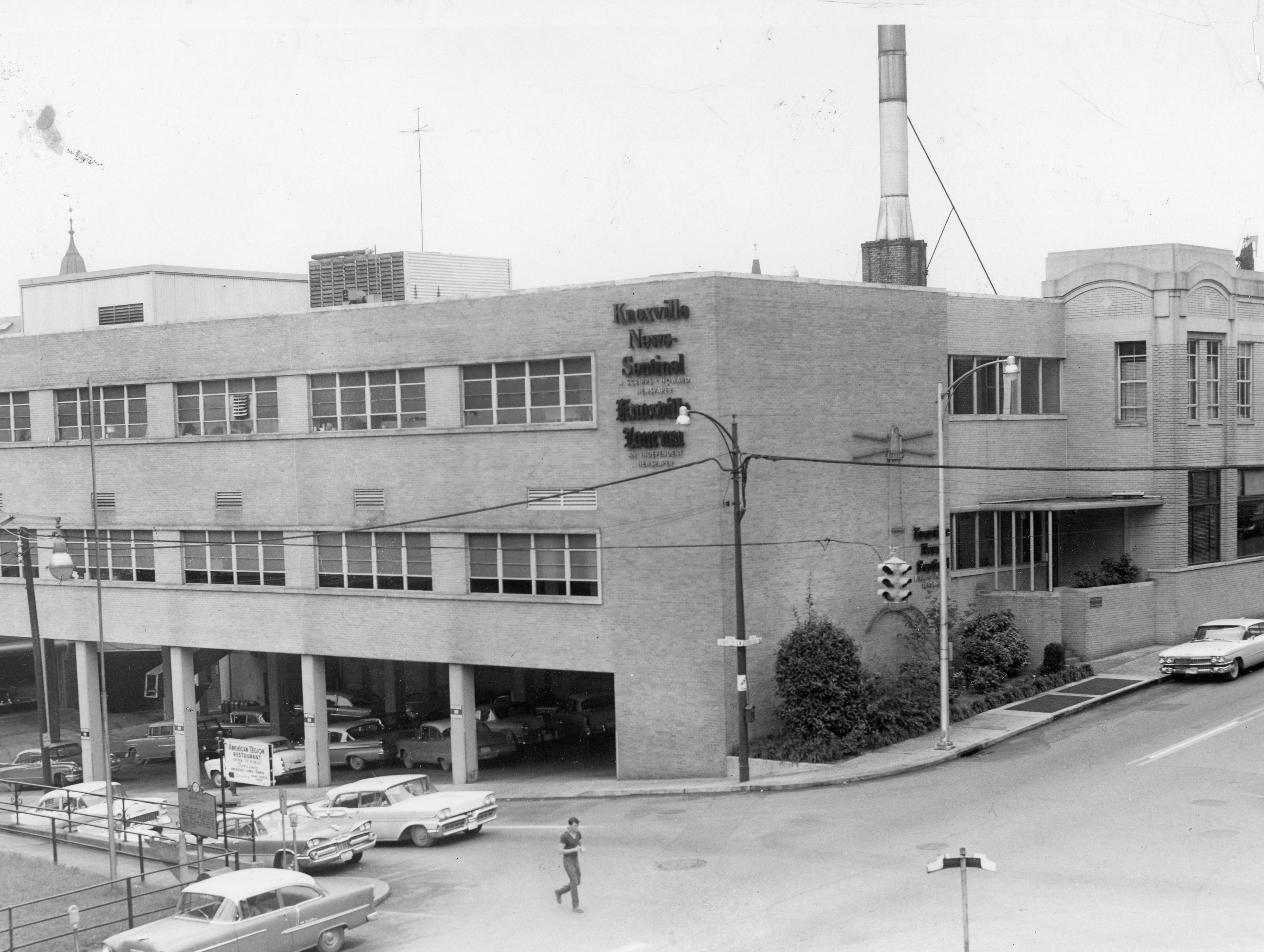 Undated photo of The Knoxville News Sentinel Building.