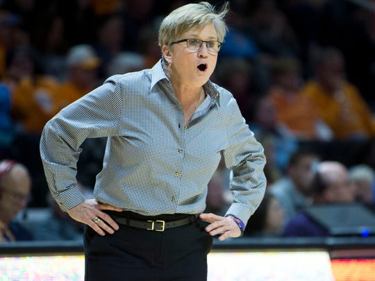 Tennessee women's basketball coach Holly Warlick during the game against Florida on Thursday, January 31, 2019.