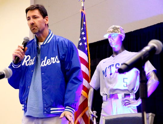 George Zimmerman speaks to the crowd after MTSU baseball coach Jim Toman named Zimmerman the 2019 Railbird during the annual Groundhog Day luncheon.