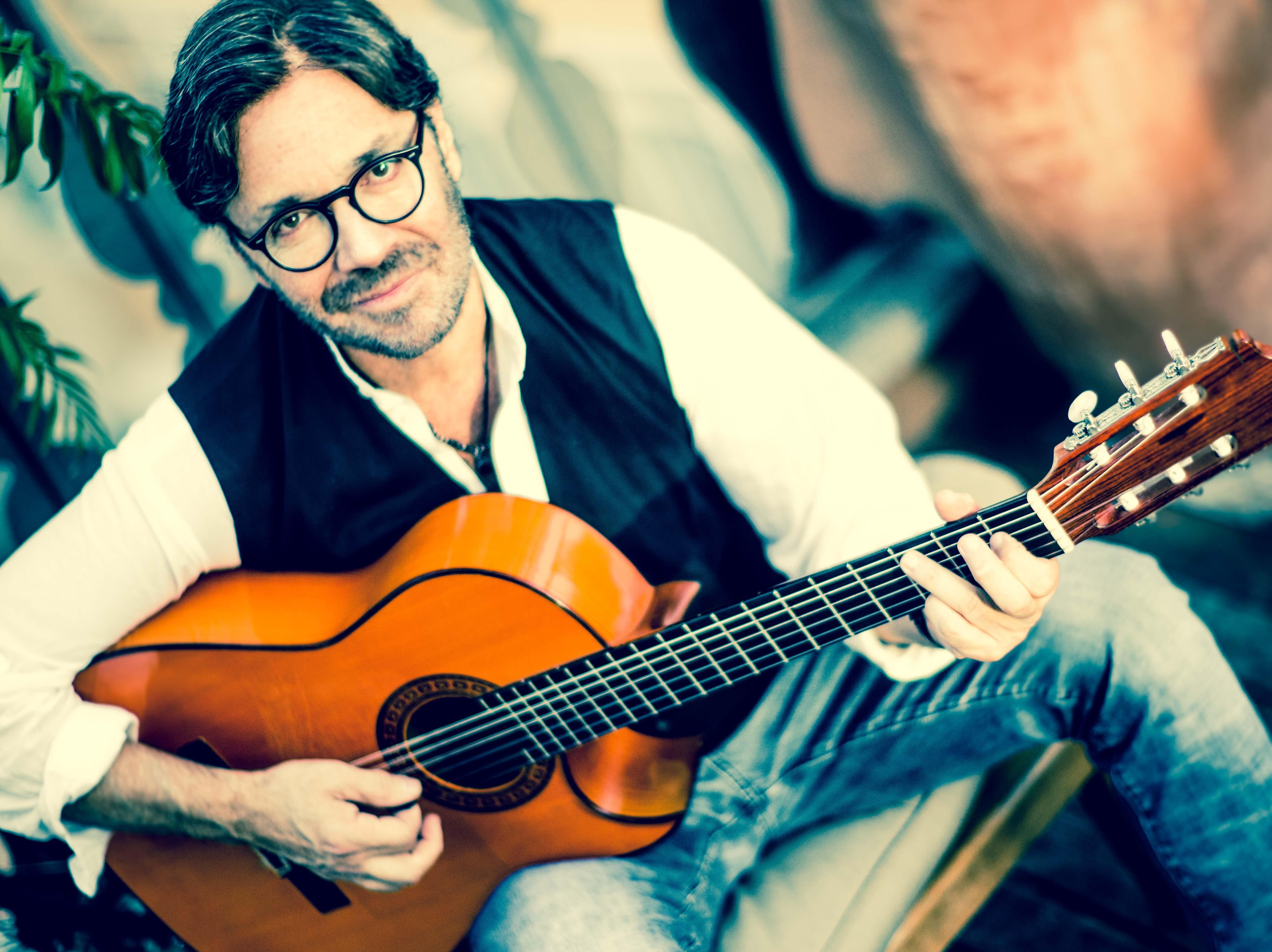Guitar great Al Di Meola will perform in Bonita Springs on Saturday