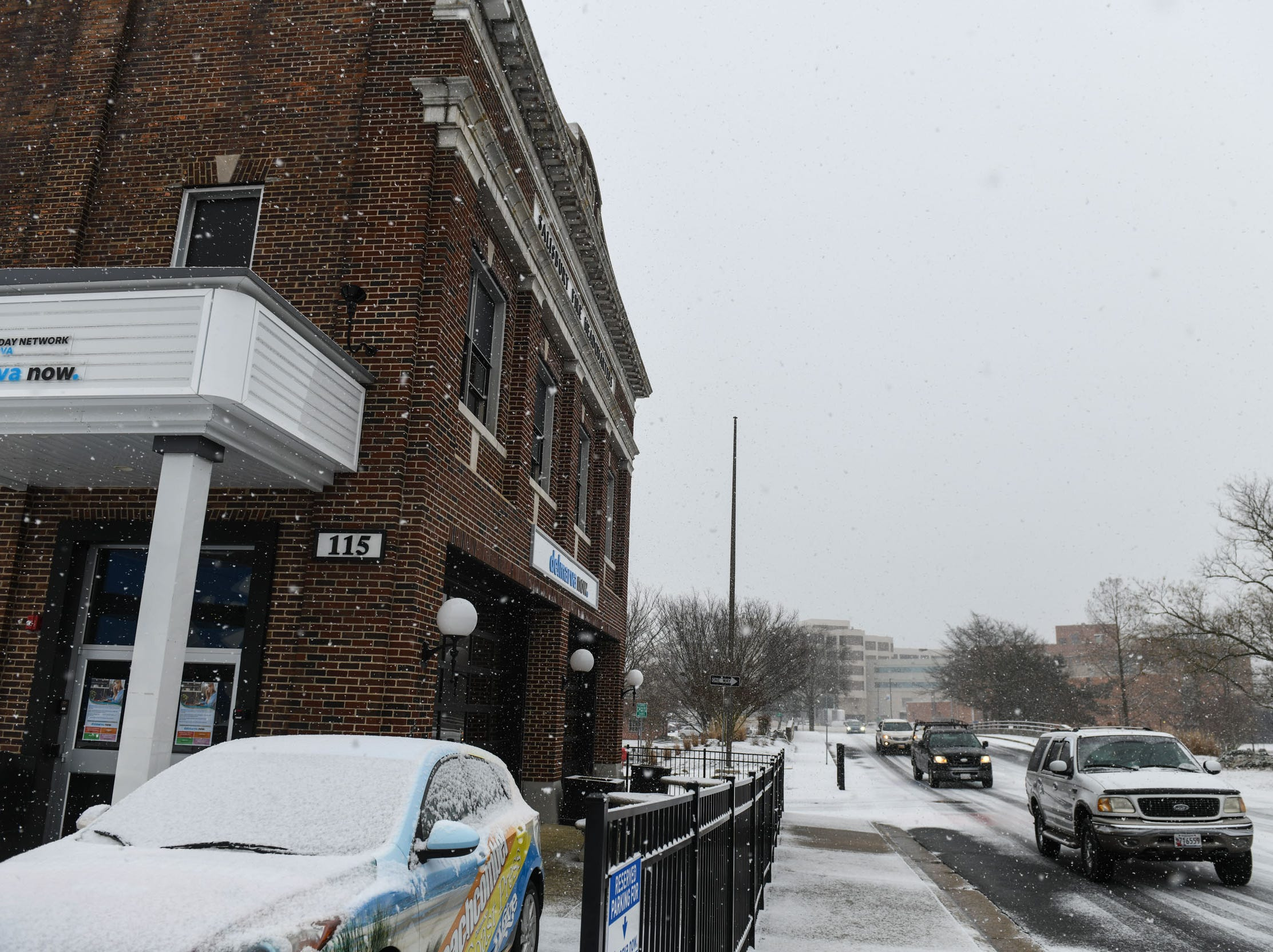 Downtown Salisbury gets a coating of snow on Friday, Feb. 1, 2019.