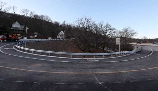 The new Exit 10 lane from westbound 287 off the Mario Cuomo Bridge Feb. 1, 2019. The new road will lead traffic onto northbound Rt 9W in South Nyack when it is opened.