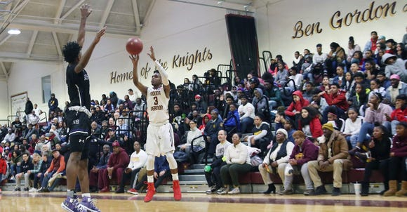 Mount Vernon defeated New Rochelle 72-62 in boys basketball action at New Rochelle High School Jan. 31, 2019.